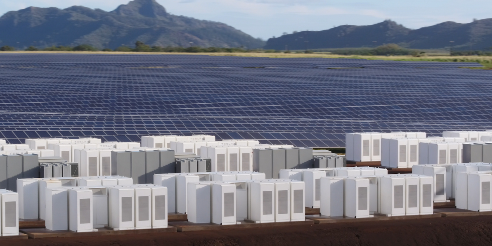 Solar + batteries prepping to take over 10GW of US natural gas peaker power plant market
