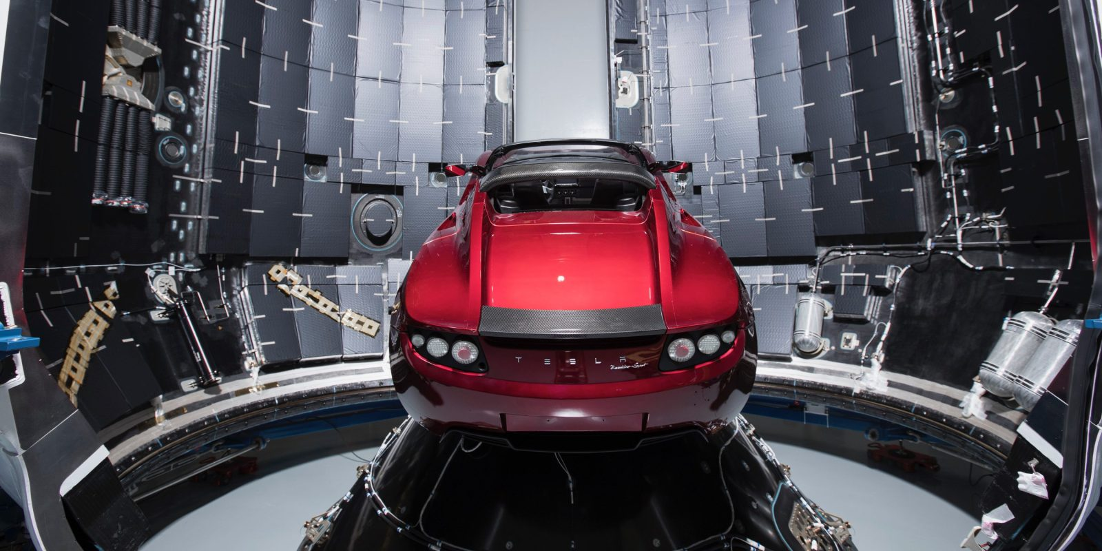 Tesla Roadster Set To Launch Into E On Ex Falcon Heavy February 6