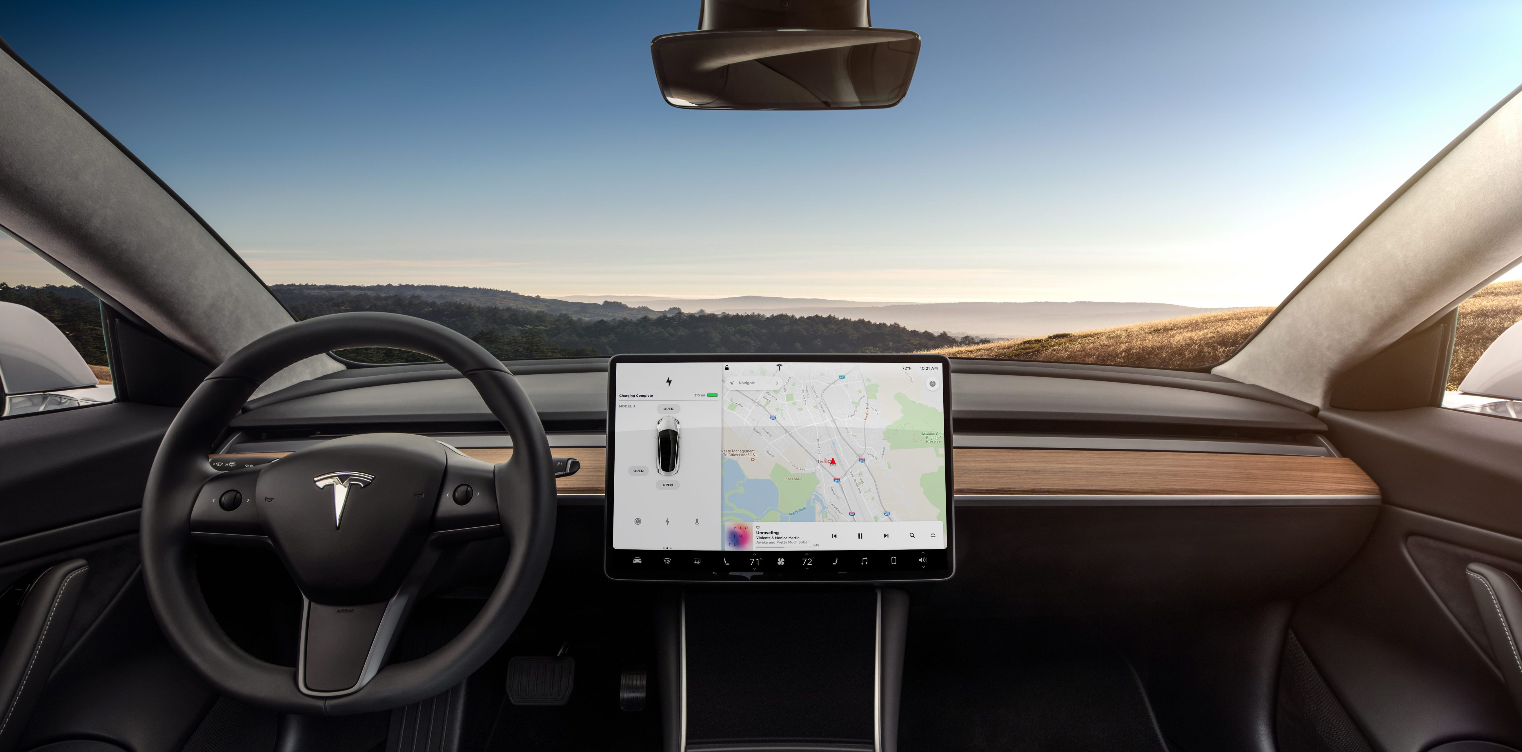 Tesla to update Model 3 center console, steering wheel, add heat pump... image