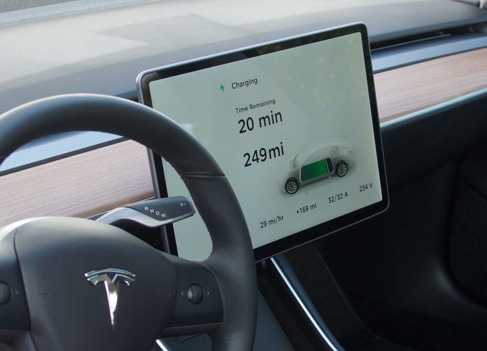 Tesla Model 3 display
