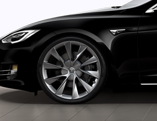 But Today Tesla Updated Its Online Design Studio With A New Version Of The Wheel Here S Side By View Left And Old