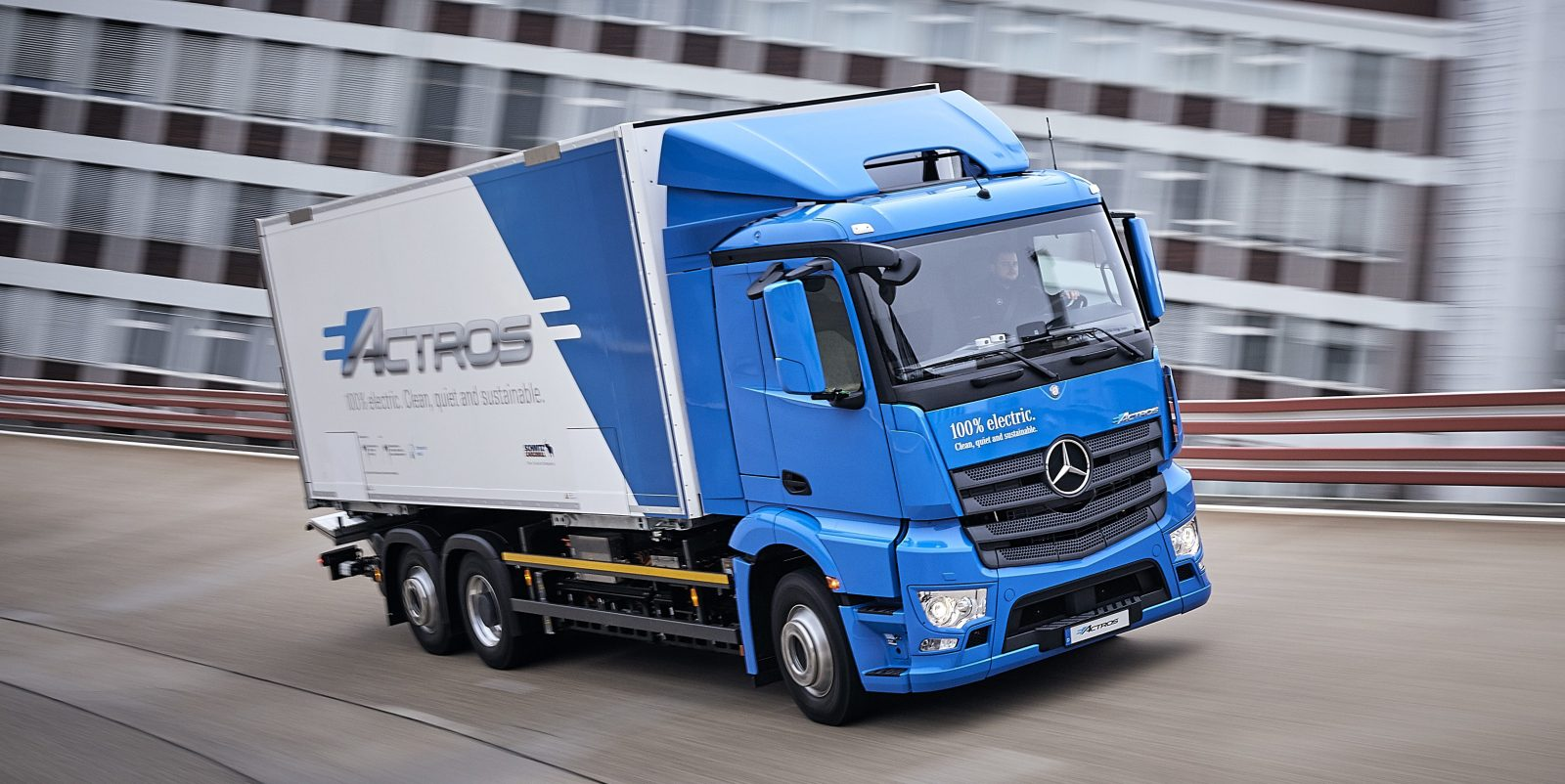 A First Look At Mercedes Benz S Latest All Electric Truck The Eactros
