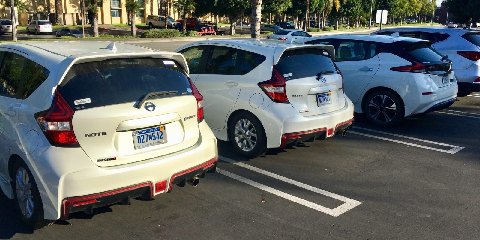 New Nissan Leaf Spotted Testing Alongside Nismo Note E