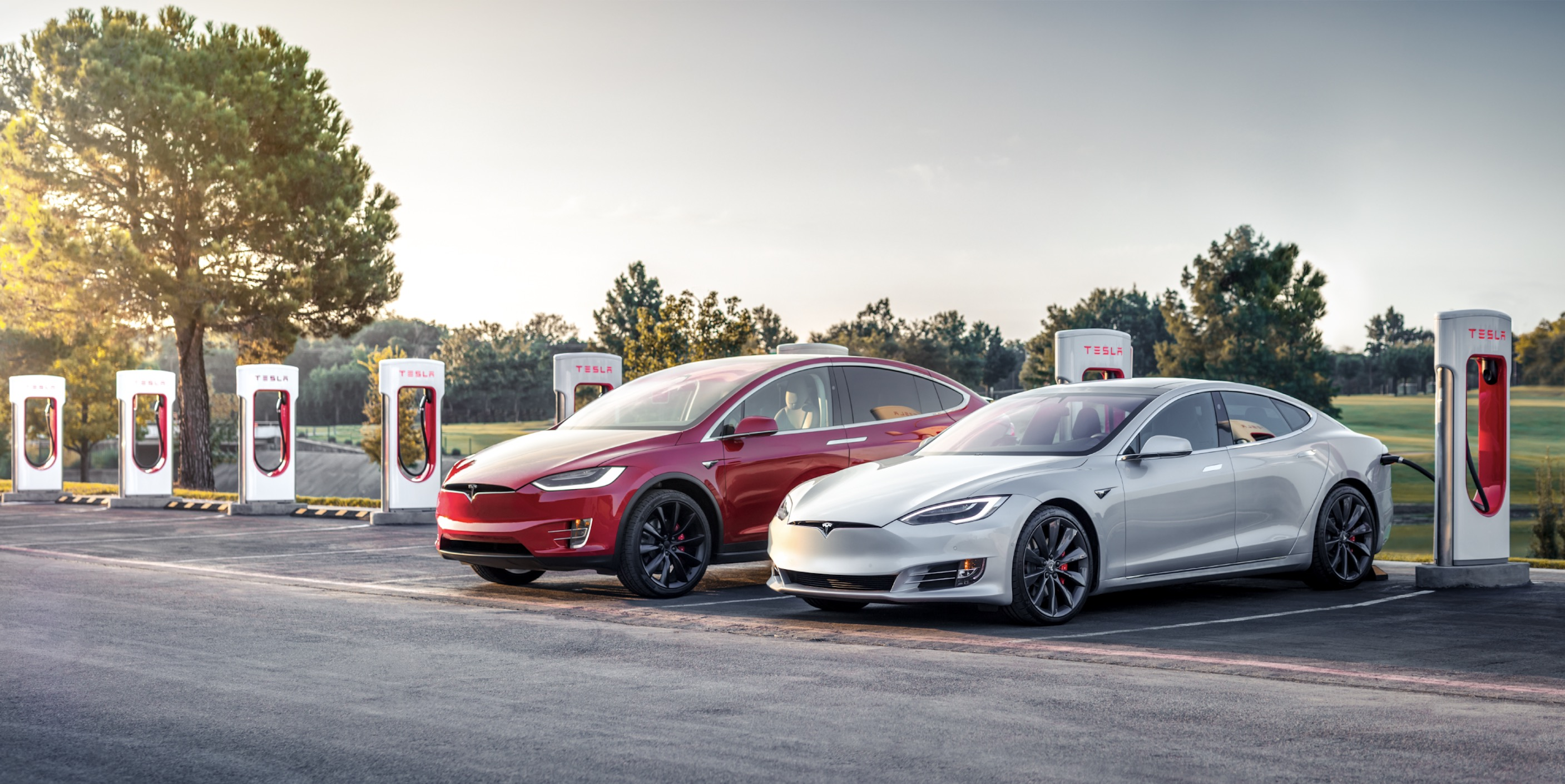 Tesla extends referral program in last demand boost for the end of the year