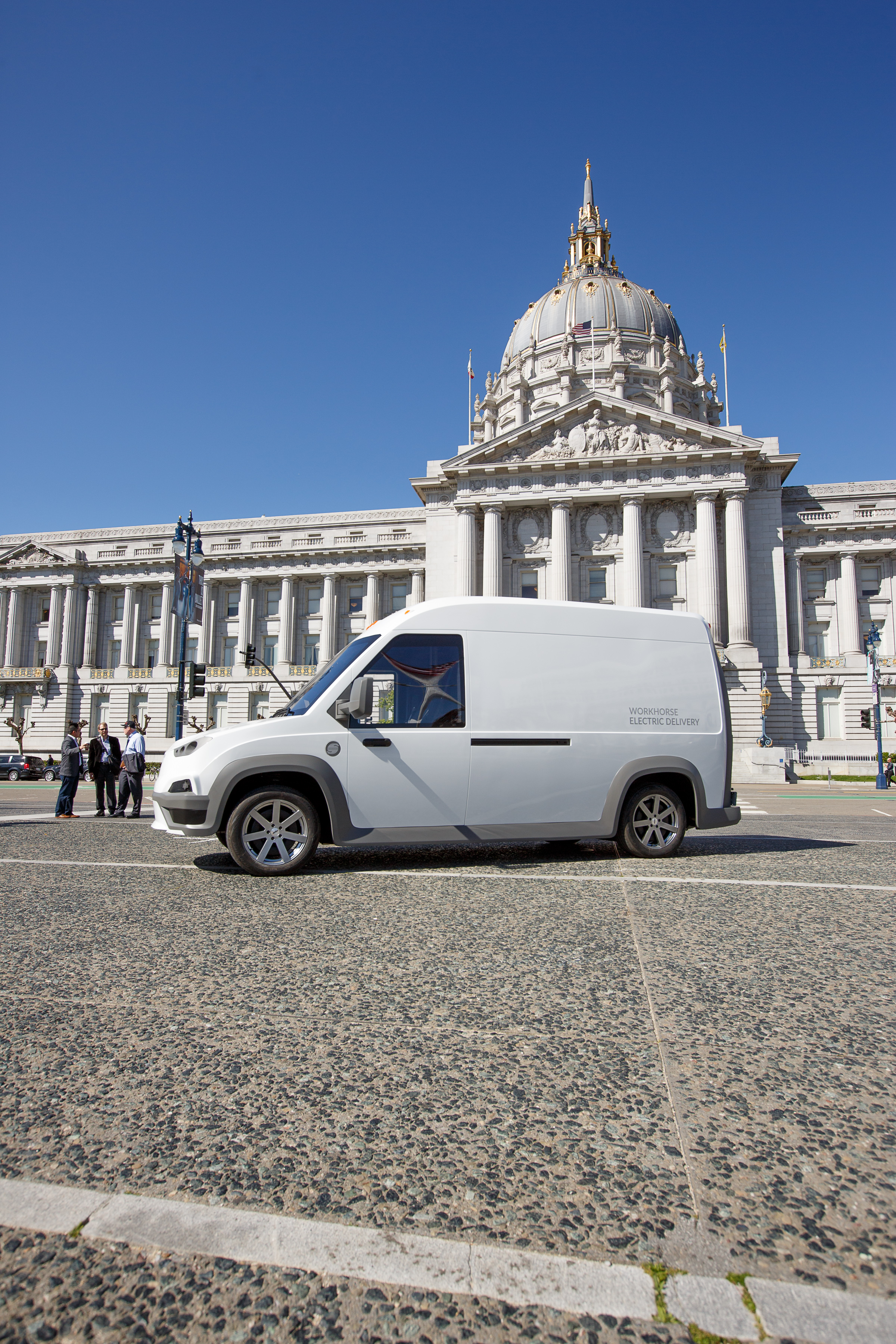 dc0e3ac554 Workhorse says that the new N-Gen electric van has a range of 100 miles  (160 km) on a single charge