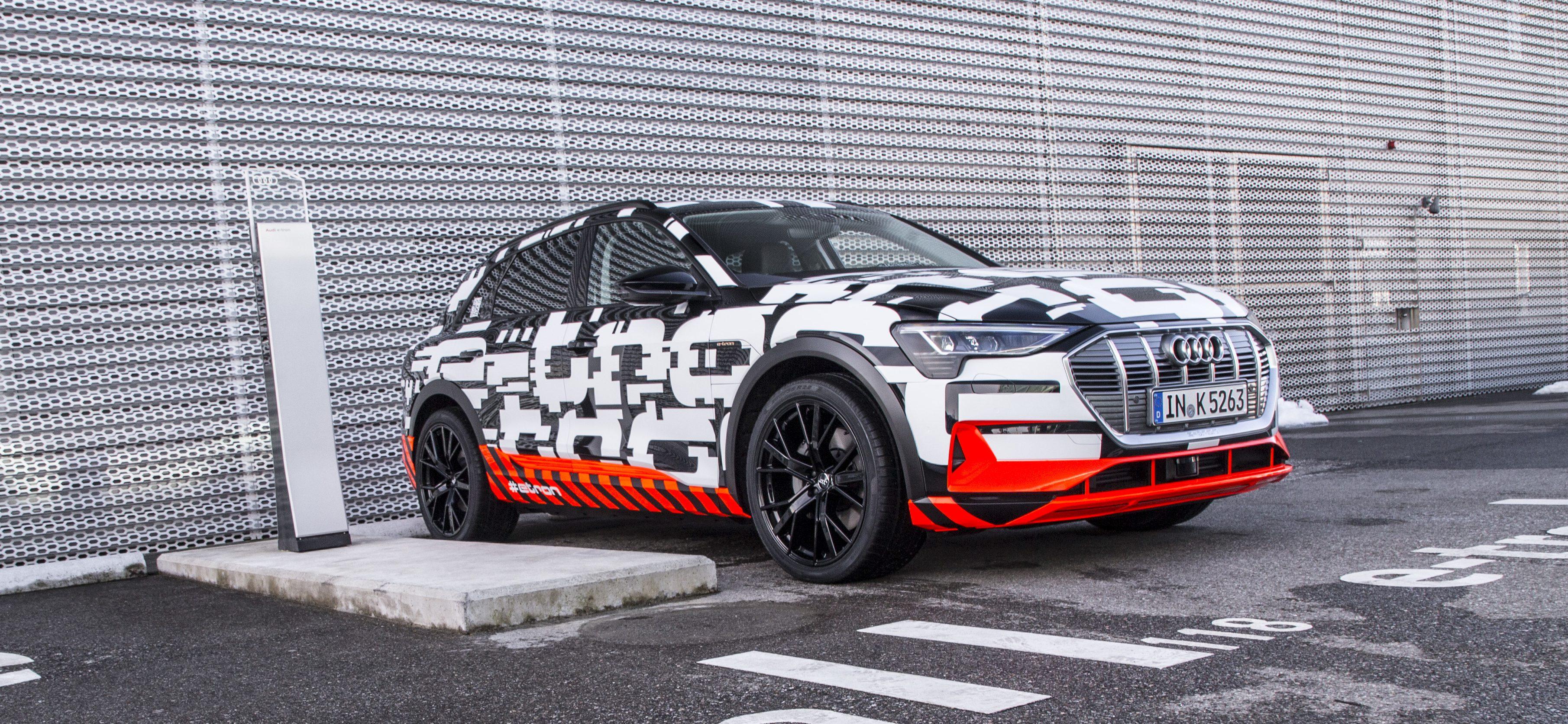 Audi Etron Quattro >> Closer Look At Audi S All Electric E Tron Quattro Prototype Electrek