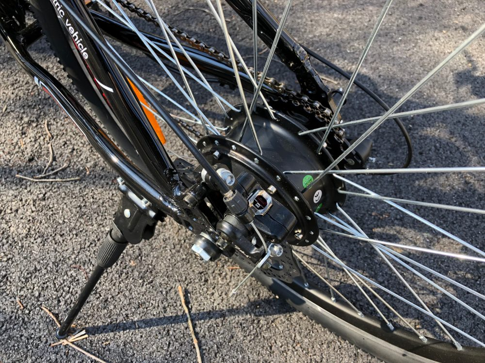 Electric bicycle hub motors vs mid-drive motors: Which should be on