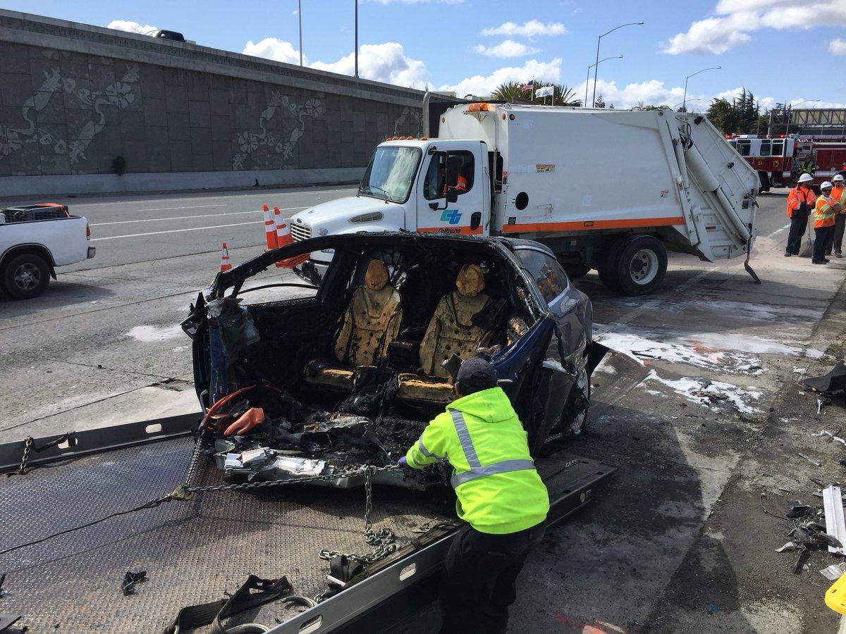 tesla model x fatal crash is now under investigation over potential rh electrek co tesla x crash 101 tesla crash 101 video