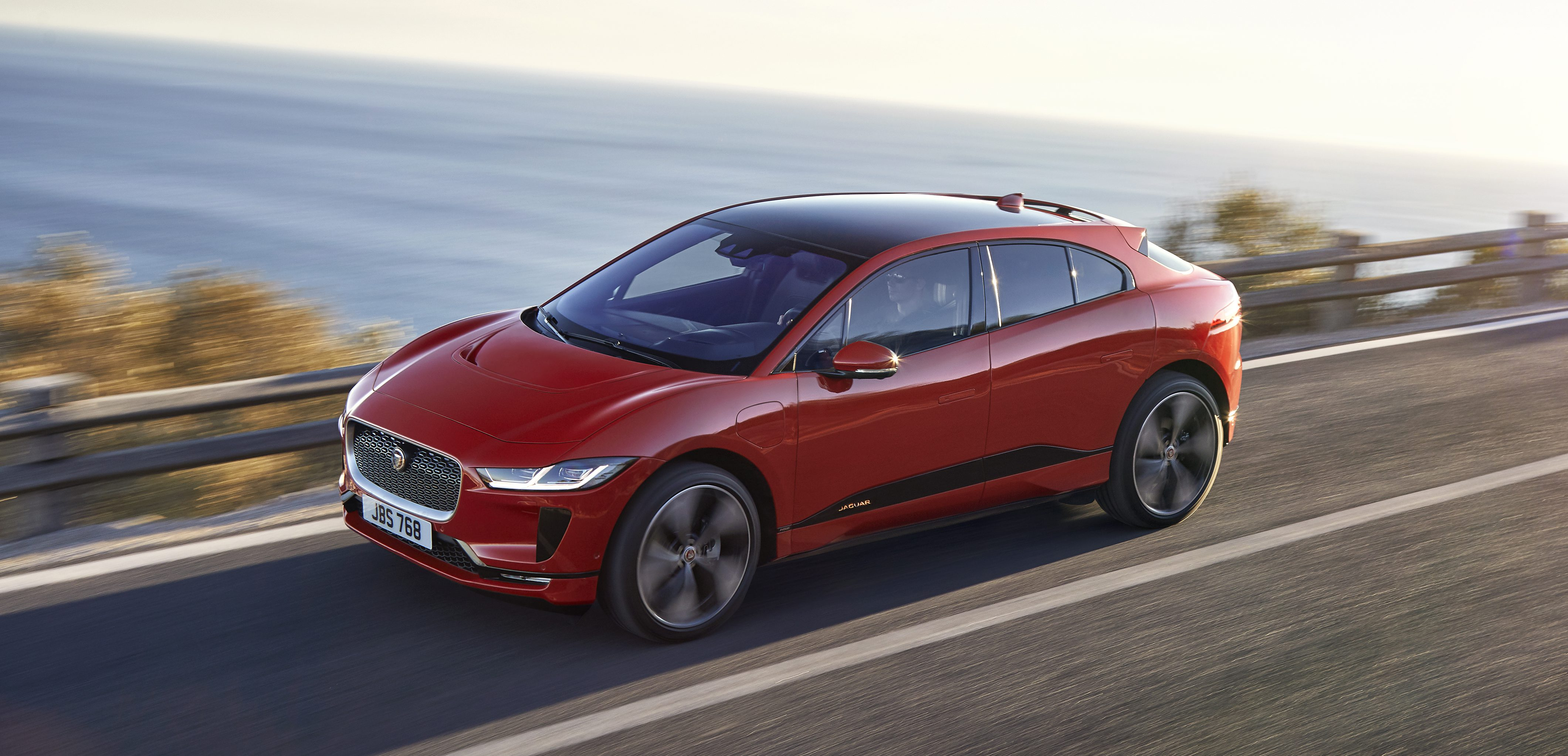 Jaguar Confirms All Electric I Pace Starting Price Of 69 500 In The