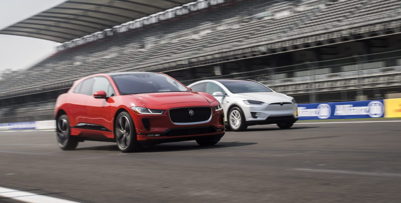 Jaguar Compares New I Pace With Tesla Model X In Interesting Drag Race Video