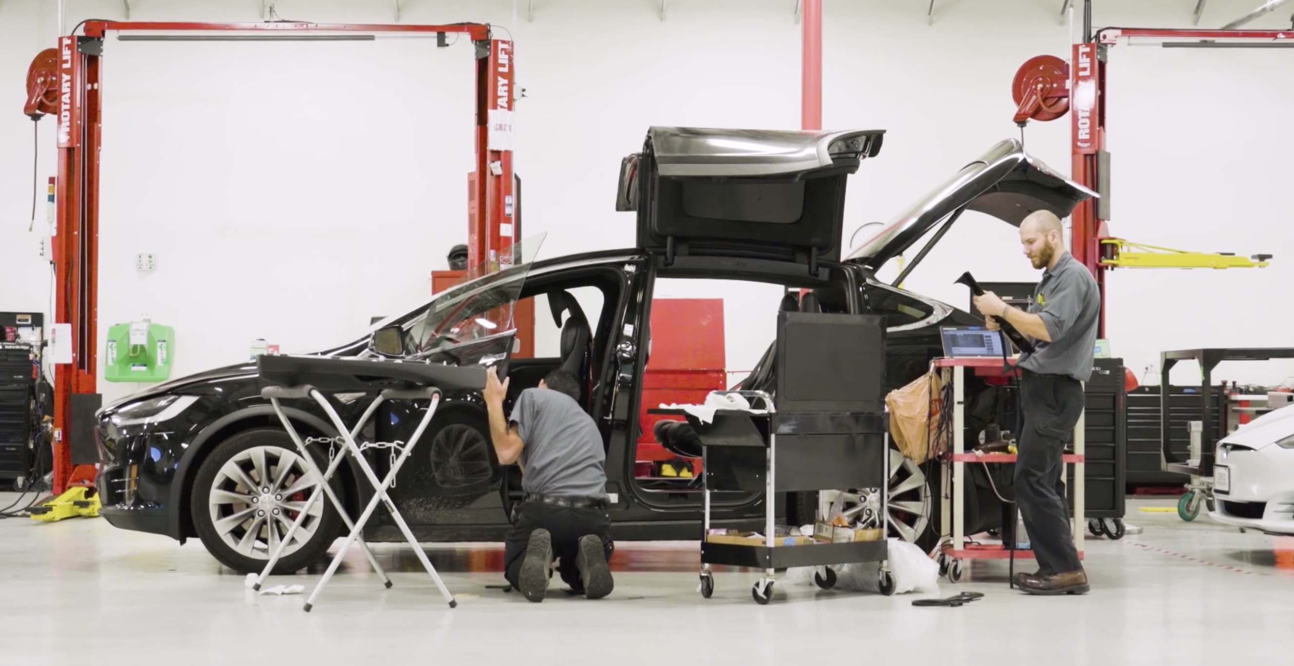 Tesla releases new Do It Yourself maintenance instructions for their cars