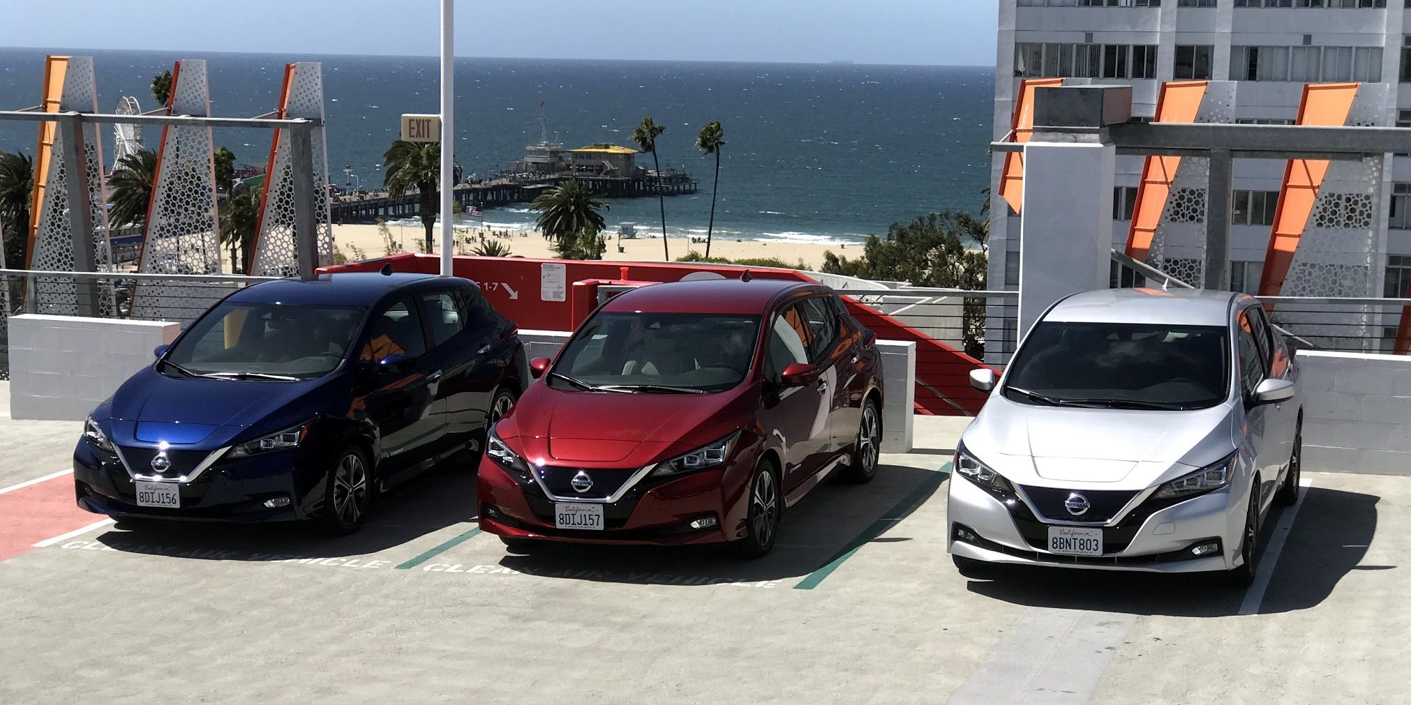 Nissan announces 2019 LEAF US pricing, says longer-range version available 'in the future'