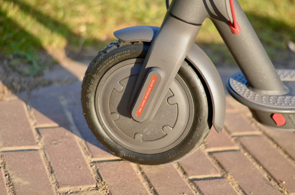 Xiaomi m365 electric scooter review: 2-wheeled EV fun for just $499