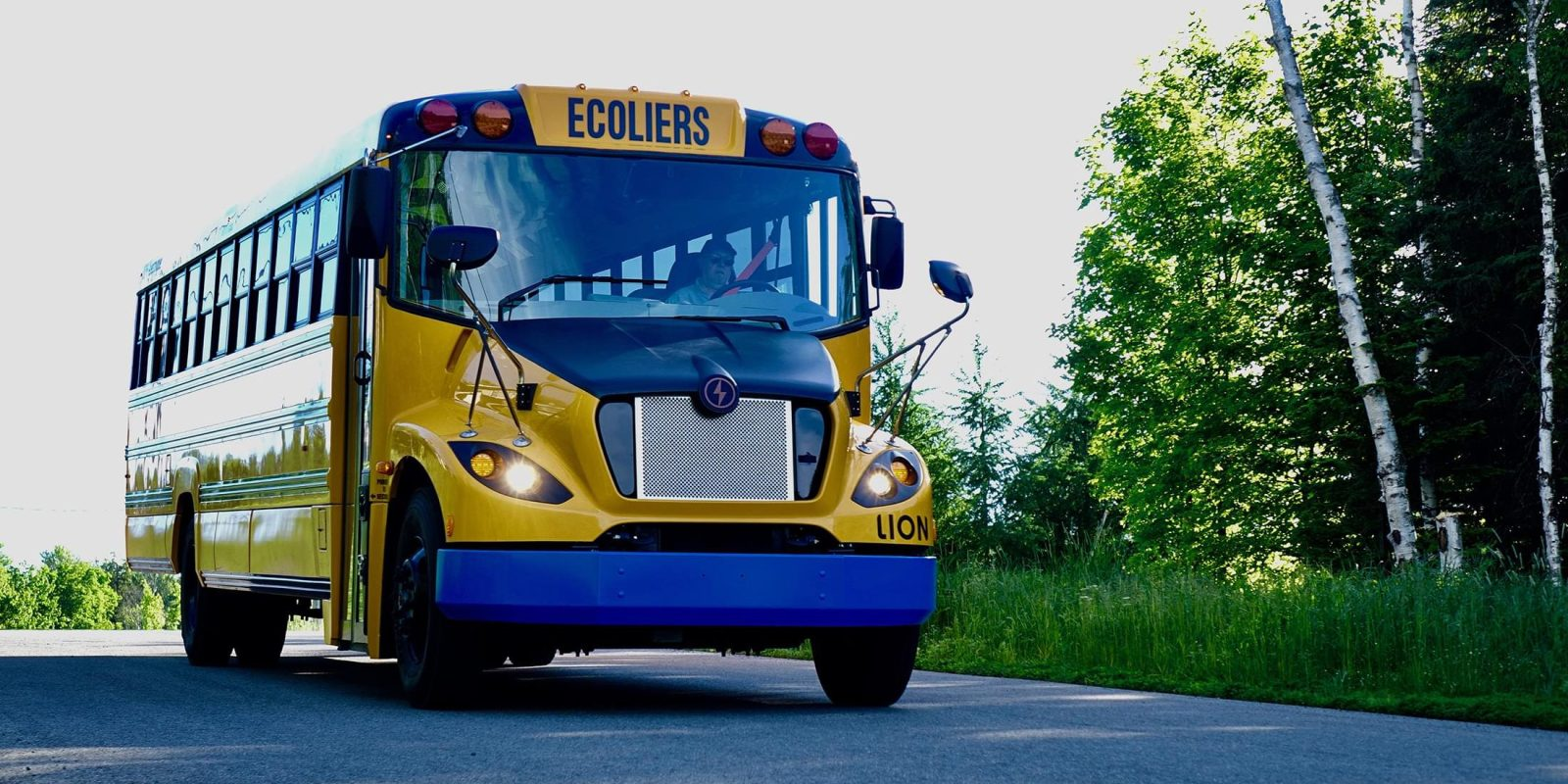 Electric V2G school bus pilots grow, but schools asleep at the wheel