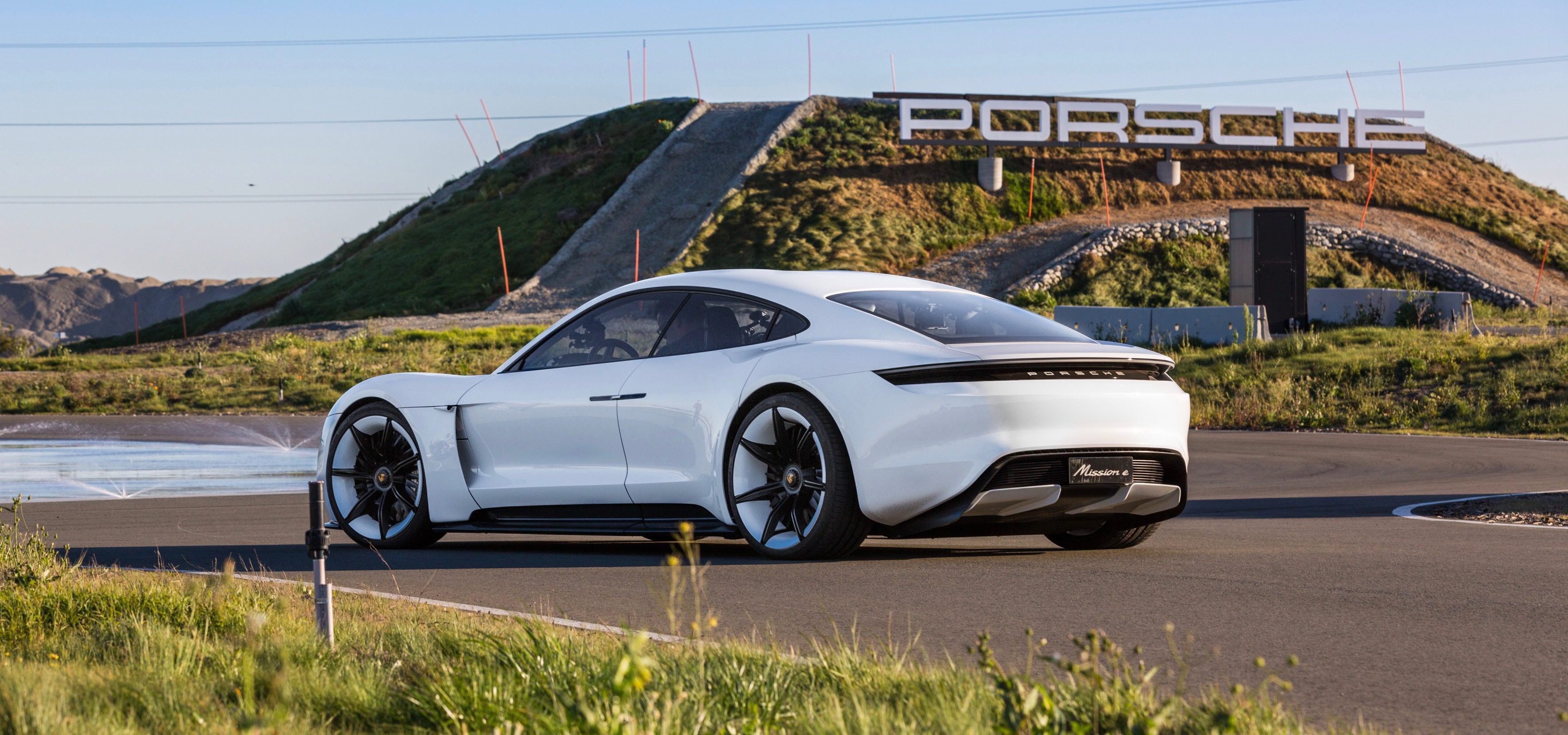 Porsche S Mission E All Electric Vehicle Becomes The Taycan