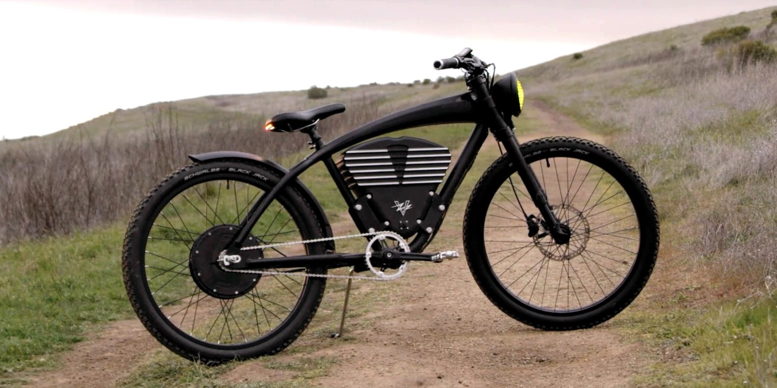 1cb5df5d3a8 WWII-inspired electric bicycle pushes the envelope at 36 mph - Electrek