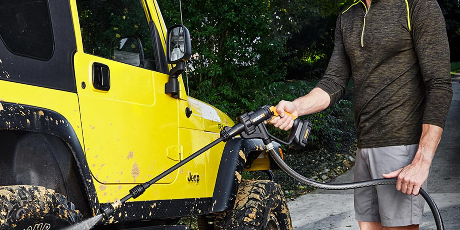 WORX Hydroshot is a simple electric pressure washer, now $40 (Refurb, Orig. $119)