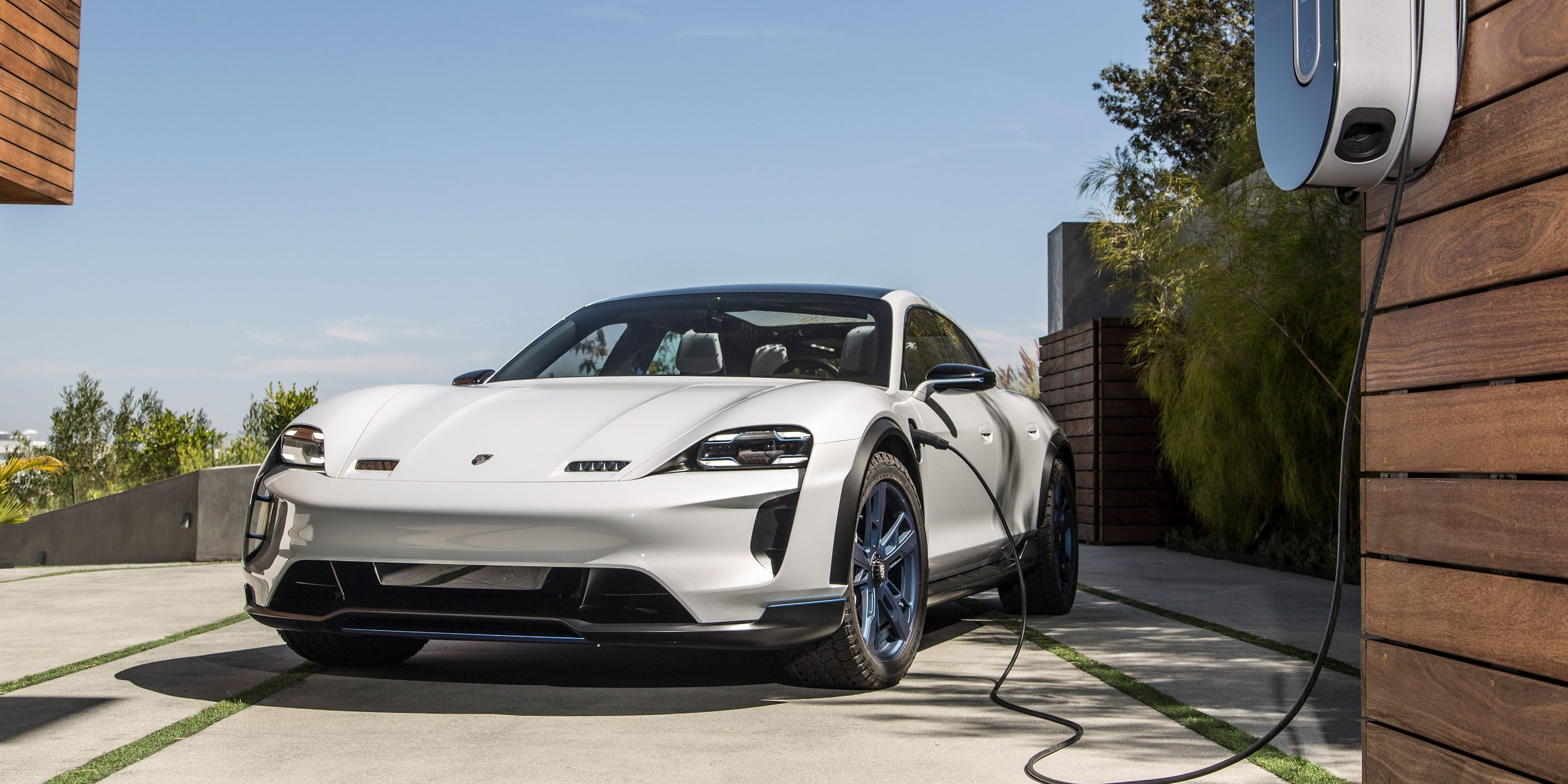Best Car For Uber >> Porsche updates dealer contract in preparation for upcoming all-electric Taycan and charging ...