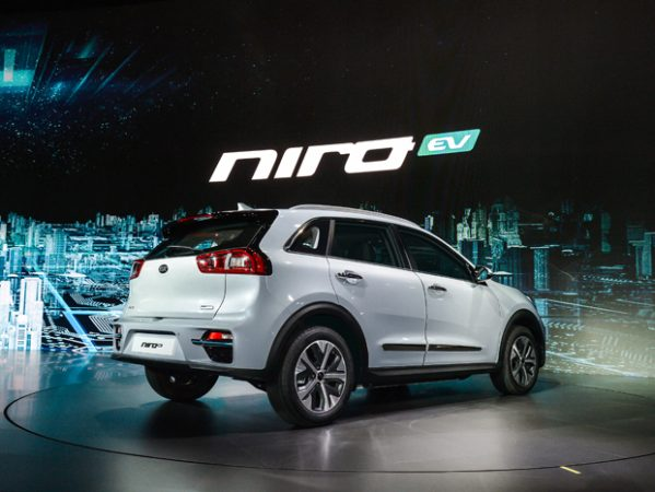 2018 Kia Niro All-electric Model >> Kia Unveils New All Electric Niro Cuv Up To 280 Miles Of