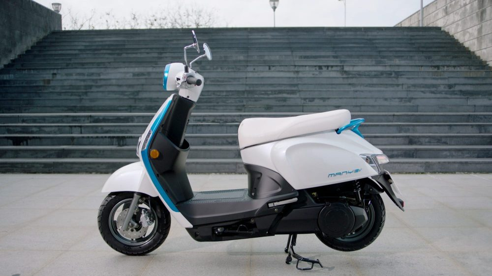 kymco prepares to battle gogoro to become king of the battery swapping electric scooters with. Black Bedroom Furniture Sets. Home Design Ideas