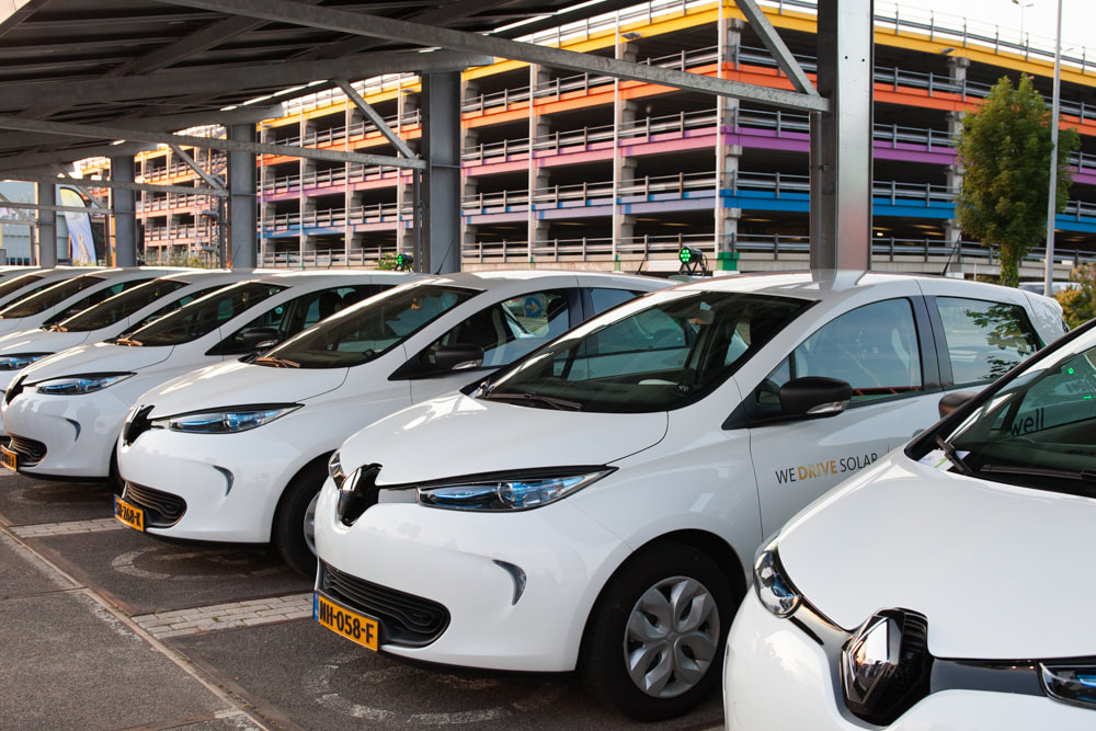 They Launched The Station Last Week With A Demonstration Of 20 Full Electric Cars In This Case All Renault Zoe Simultaneously Charging On