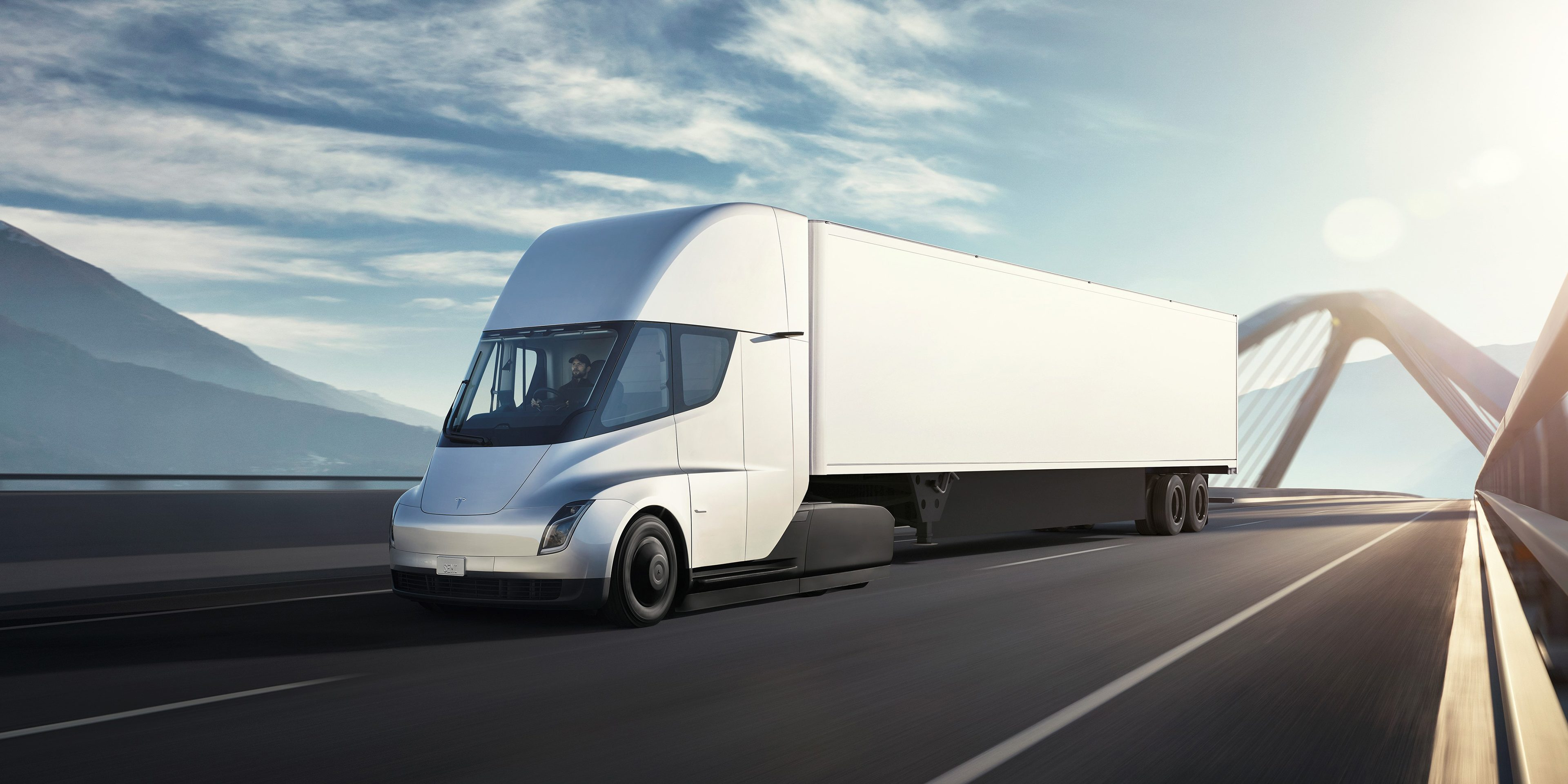 Tesla Semi secures another order for electric trucks ahead of launch