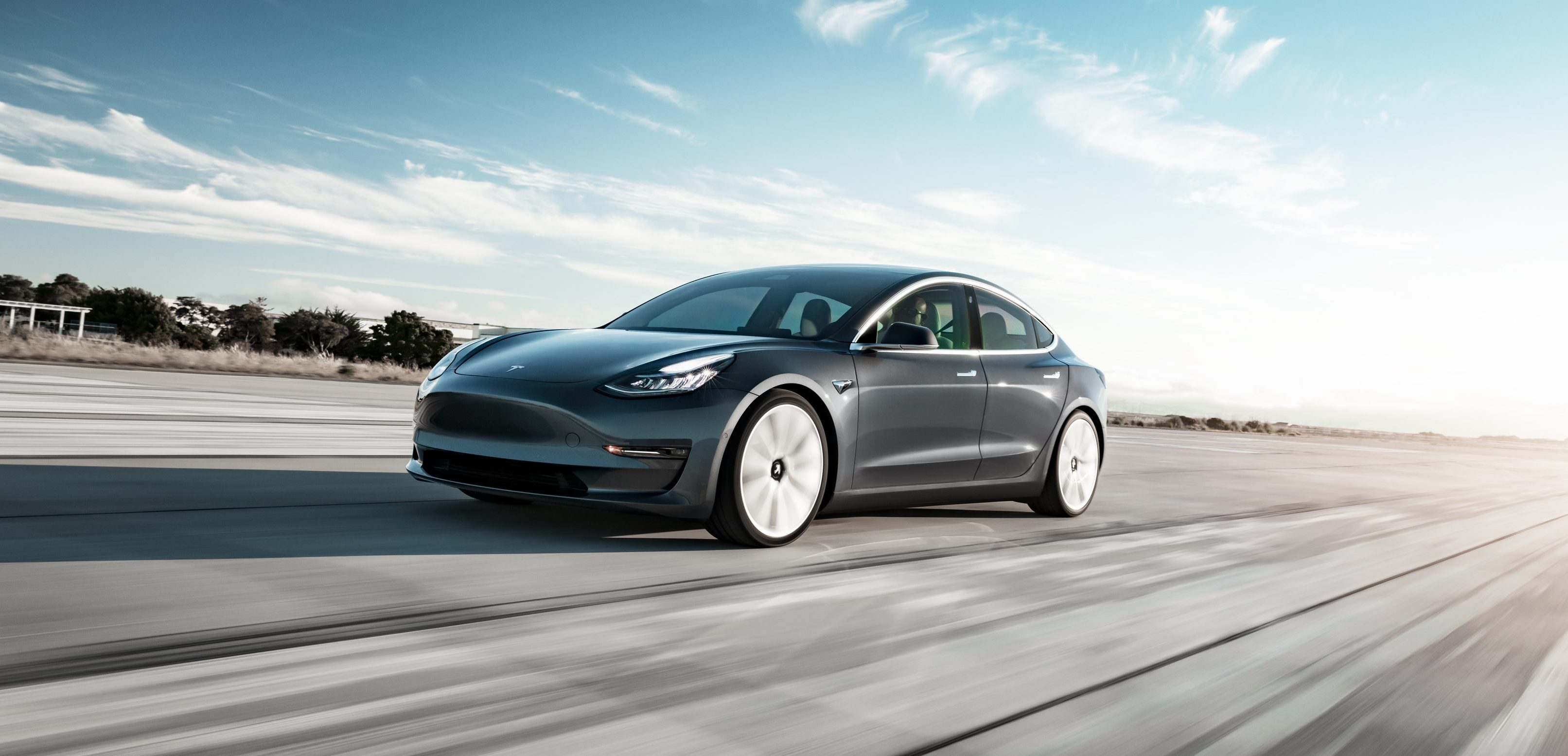 Watch Tesla Model 3 Dual Motor Accelerate From 0 To 60 Mph