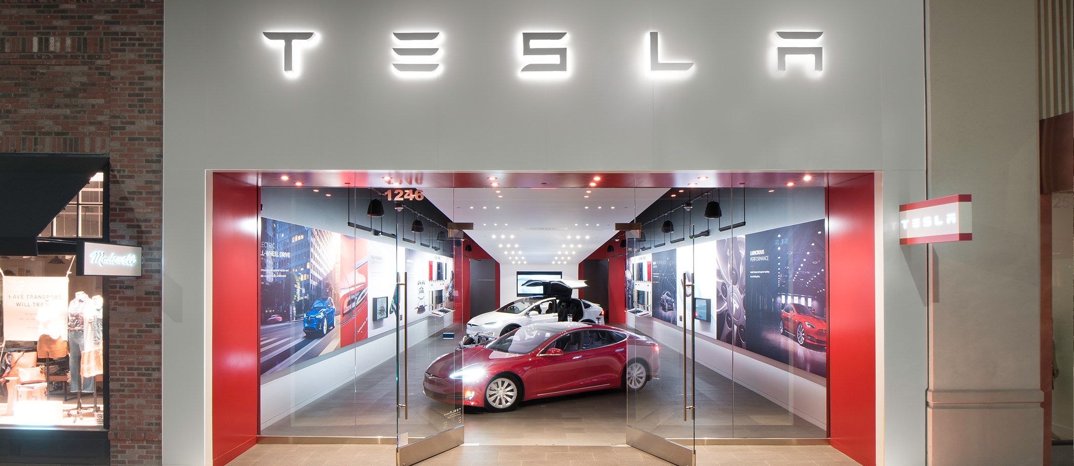 How many tesla stores are there