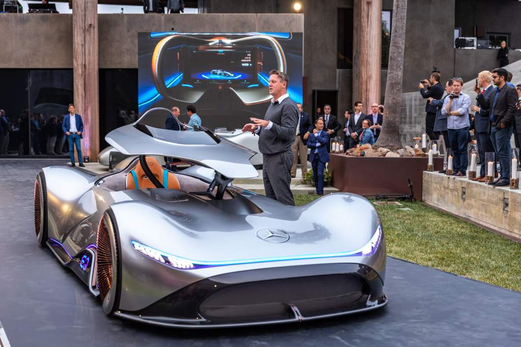 Weltpremiere Des Mercedes Benz Showcars Vision Eq Silver Arrow In Pebble Beach 2018 World Premiere Of The Show Car At