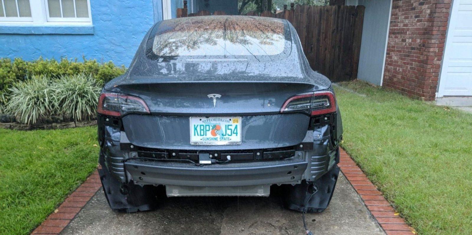Tesla investigates why bumper broke off two Model 3 vehicles