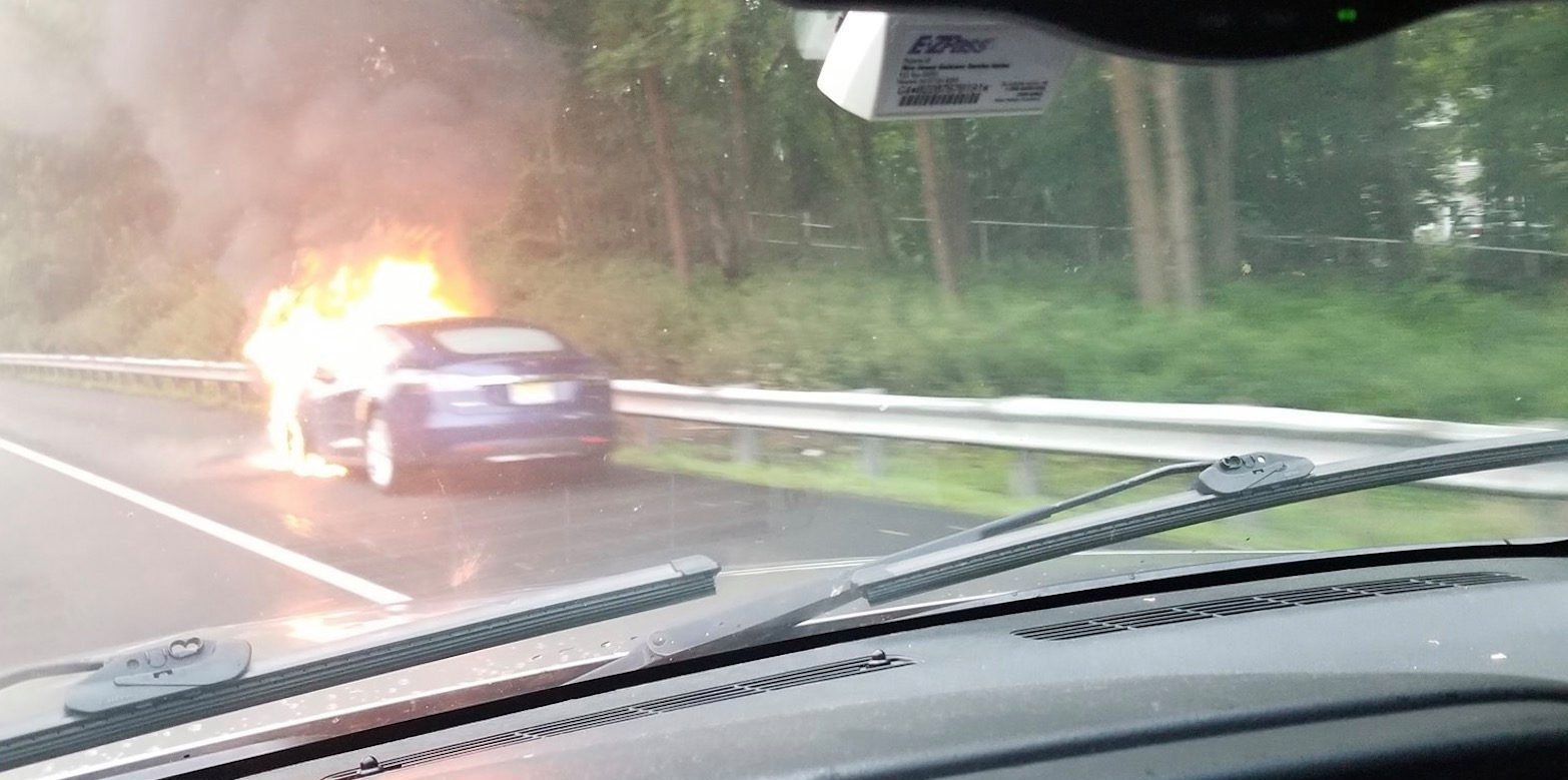 A Tesla Model S Caught On Fire The Highway After 8216 Hitting Component 8217