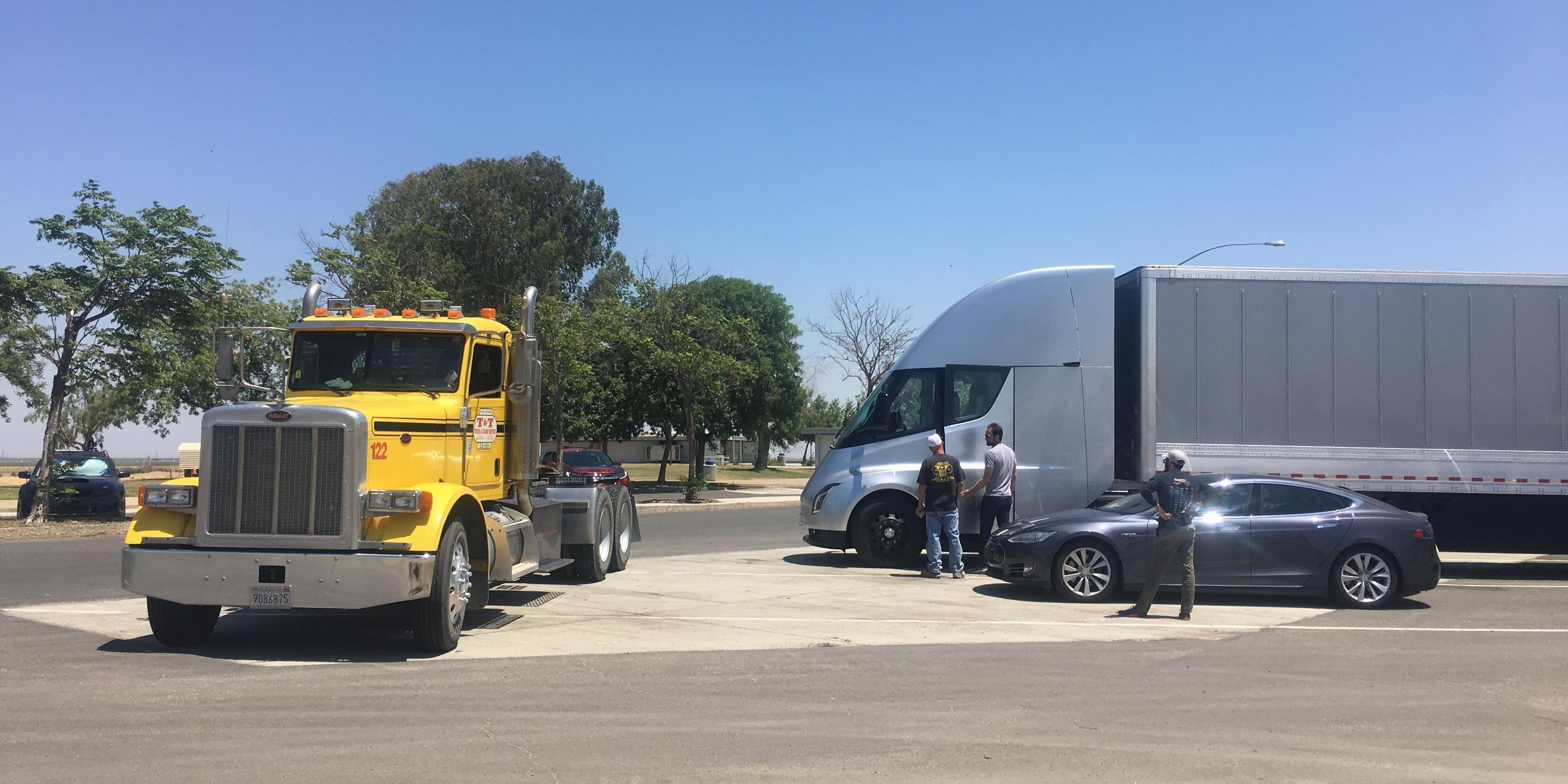 Tesla delays electric semi truck production to next year