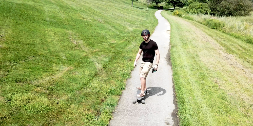 Electrek Review: The Boosted Stealth electric skateboard is still ...