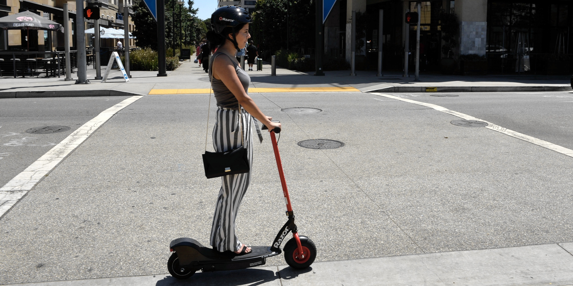 Razor Joins The Wave Of Electric Scooter Rentals Becoming First In