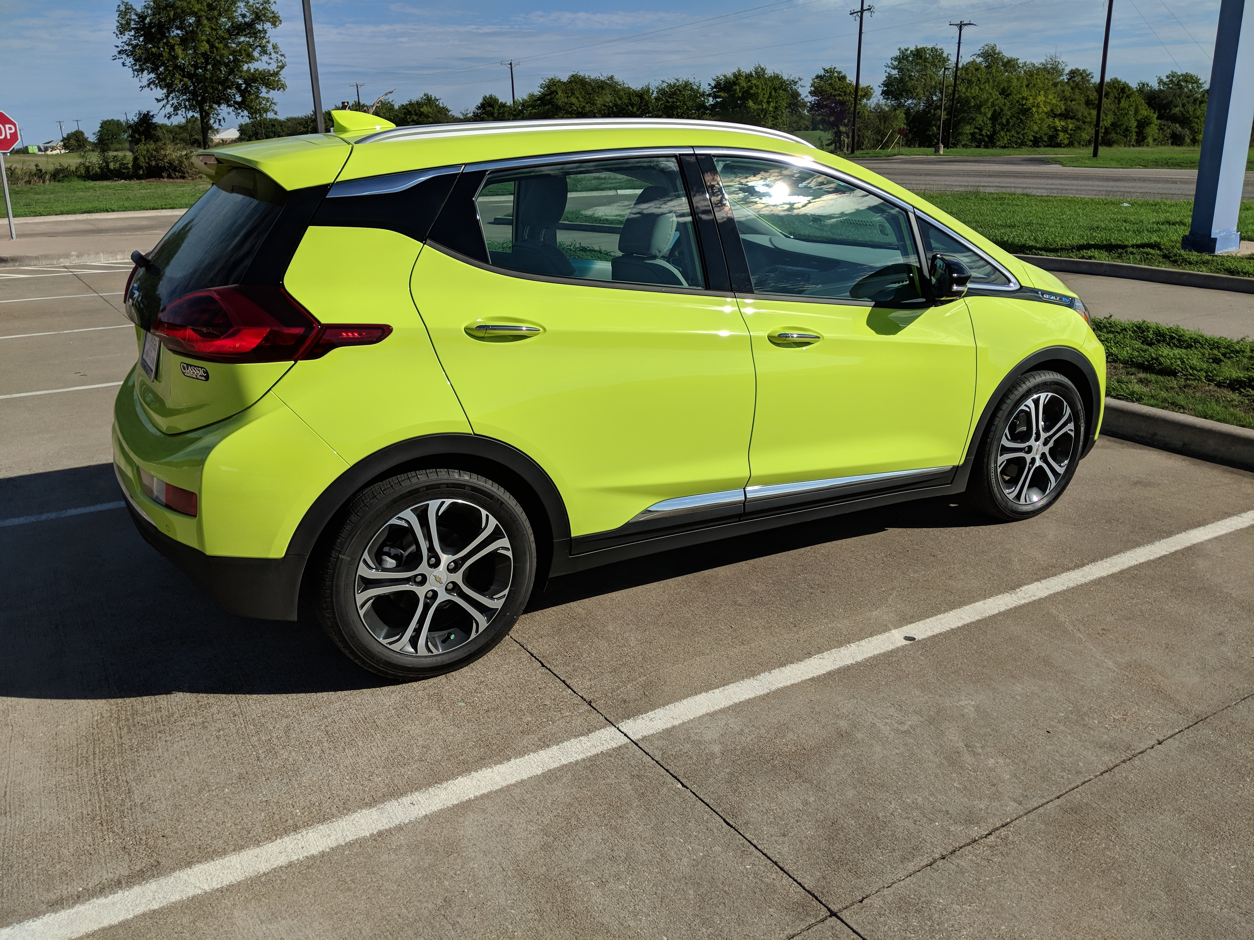 First Look At 2019 Chevy Bolt Ev With New Shock Color Tell Us