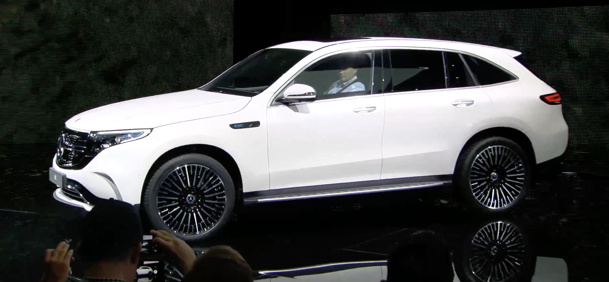 Mercedes Benz Unveils Eqc Electric Suv Says It S Going