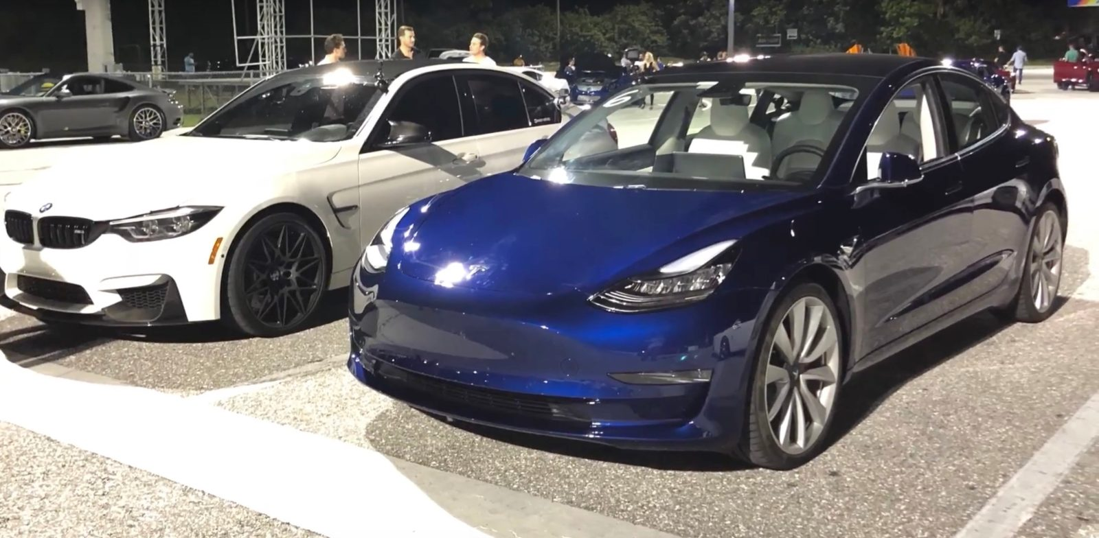 Tesla Model 3 Performance Takes On Bmw M3 Compeion In Drag Race