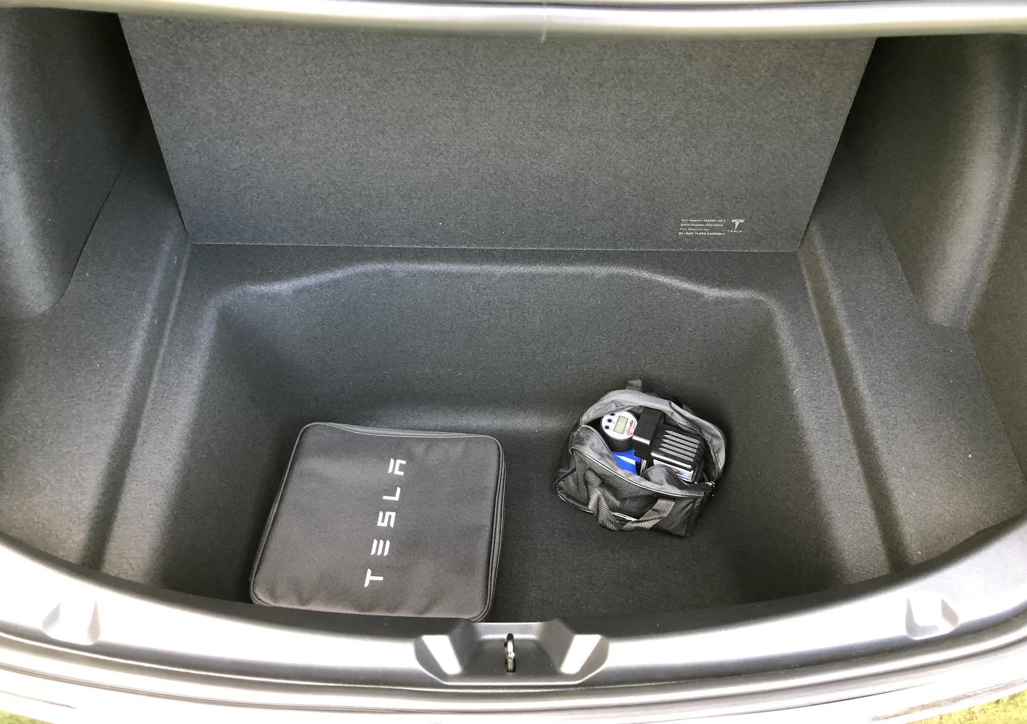 10 Must Have Tesla Model 3 Accessories