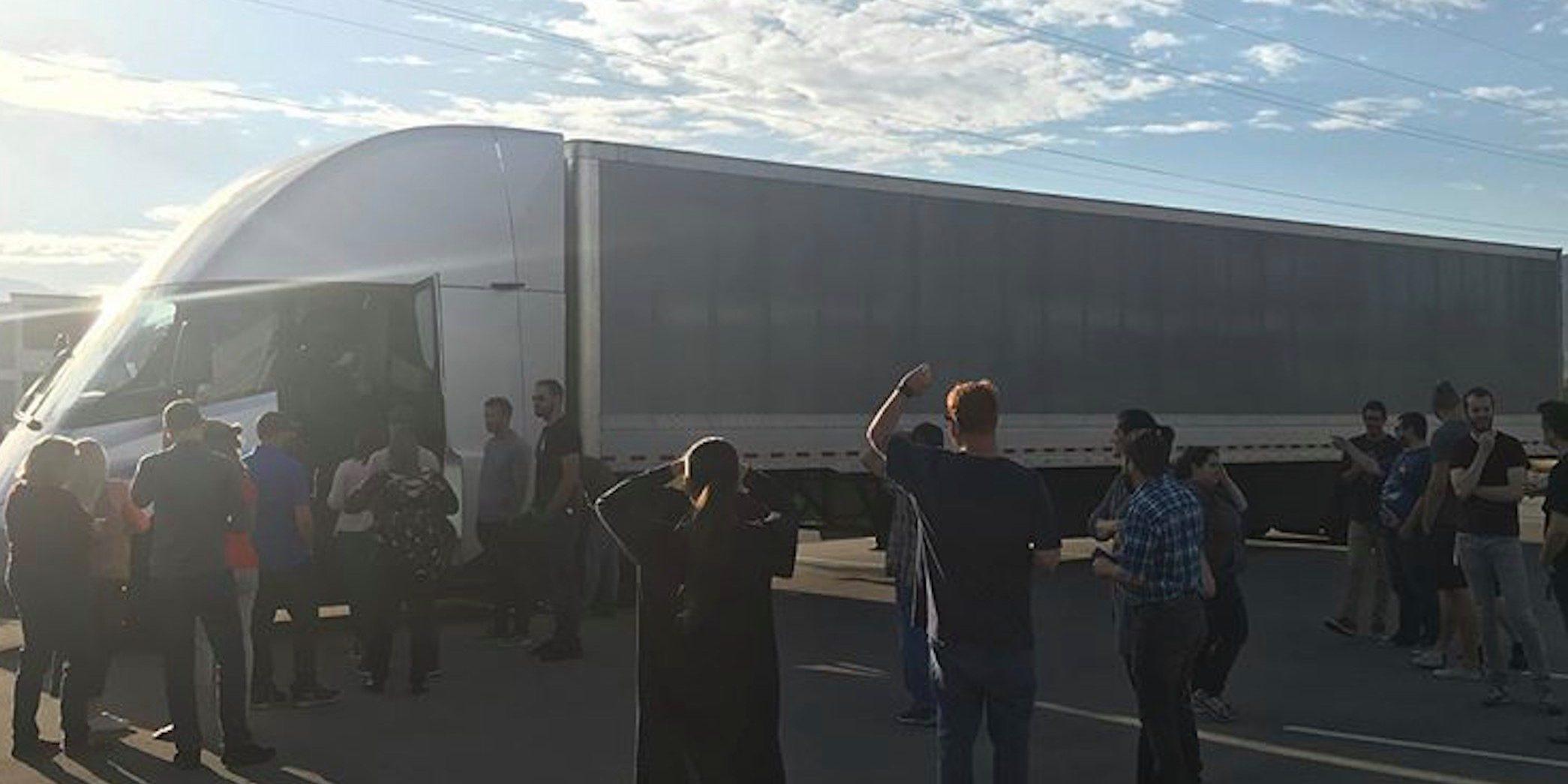Tesla Semi electric truck prototype made it to Salt Lake ...