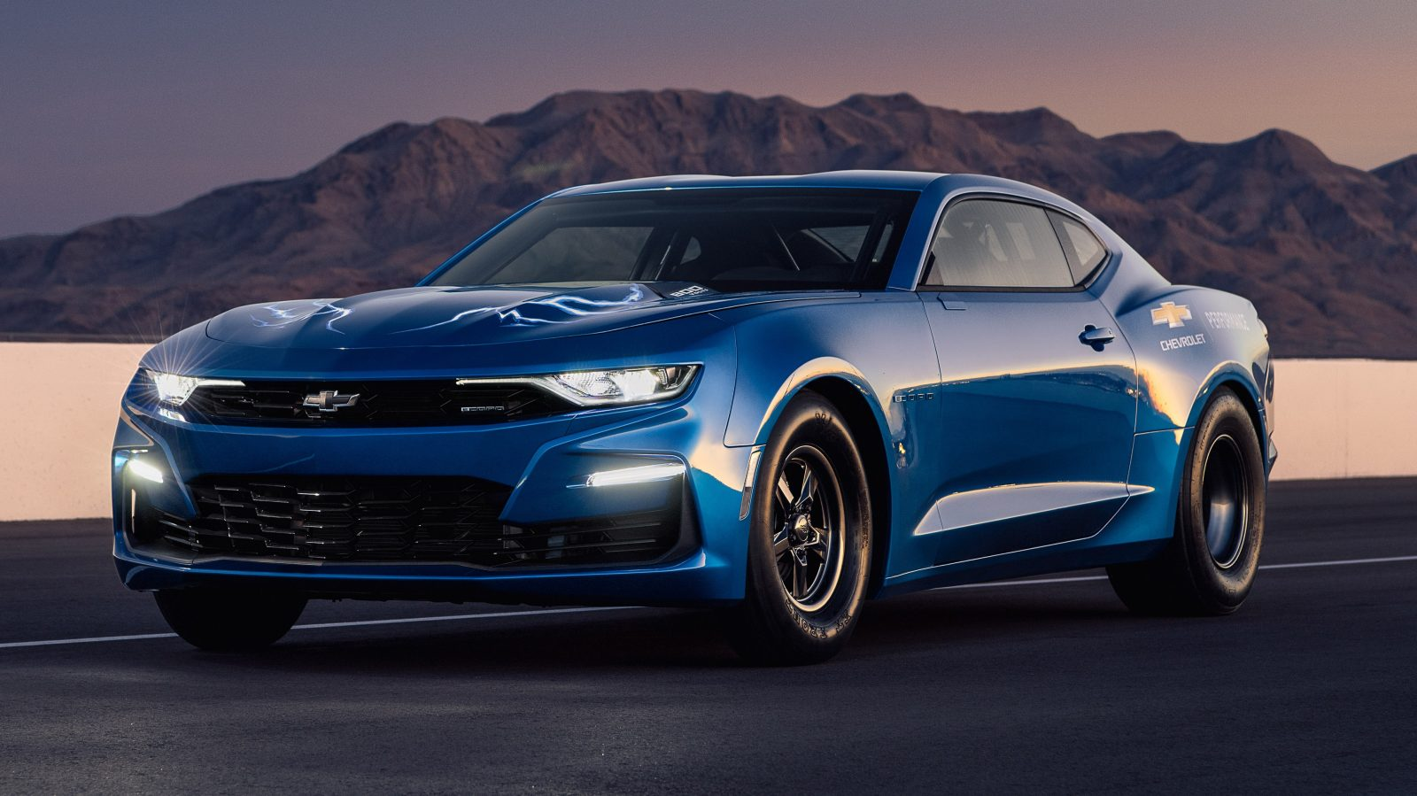 Chevy shows off a 800V Electric 'eCOPO' Camaro conversion