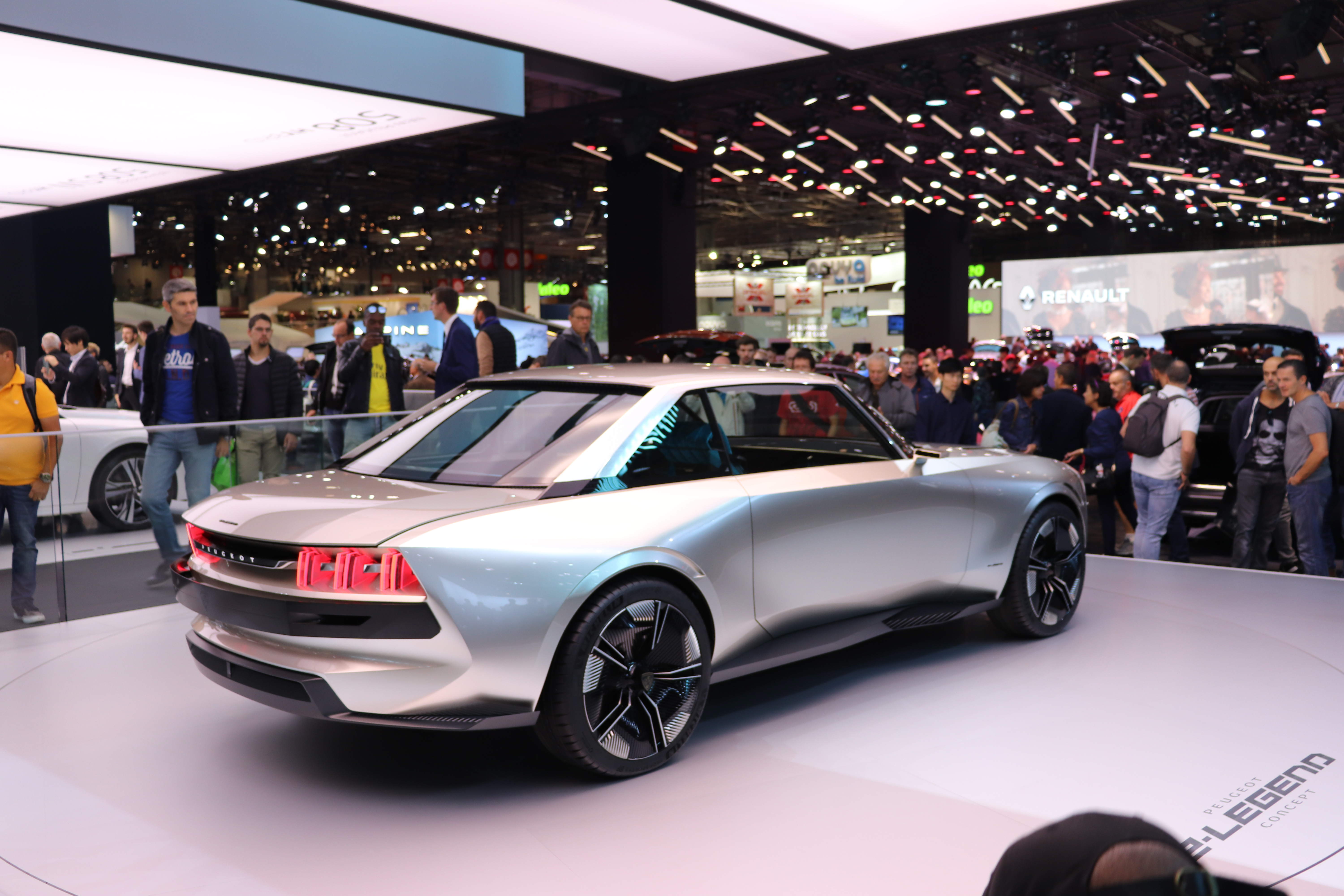 A Closer Look At Peugeot S Stunning New E Legend Electric Vehicle
