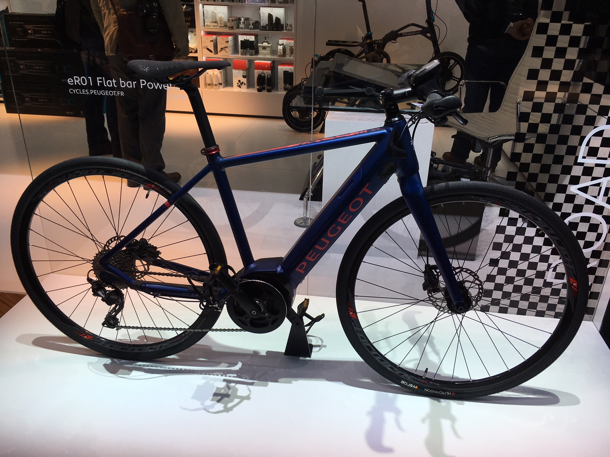 Peugeot shows off new electric bicycles at Paris Motor Show