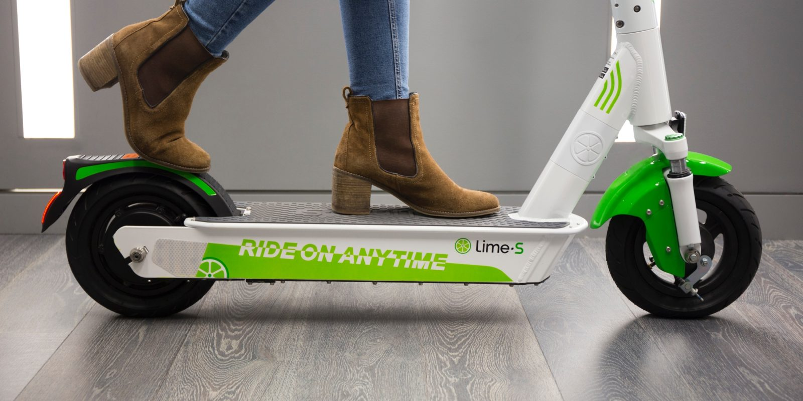 Lime Unveils New Electric Scooter Fuels The E Arms Race