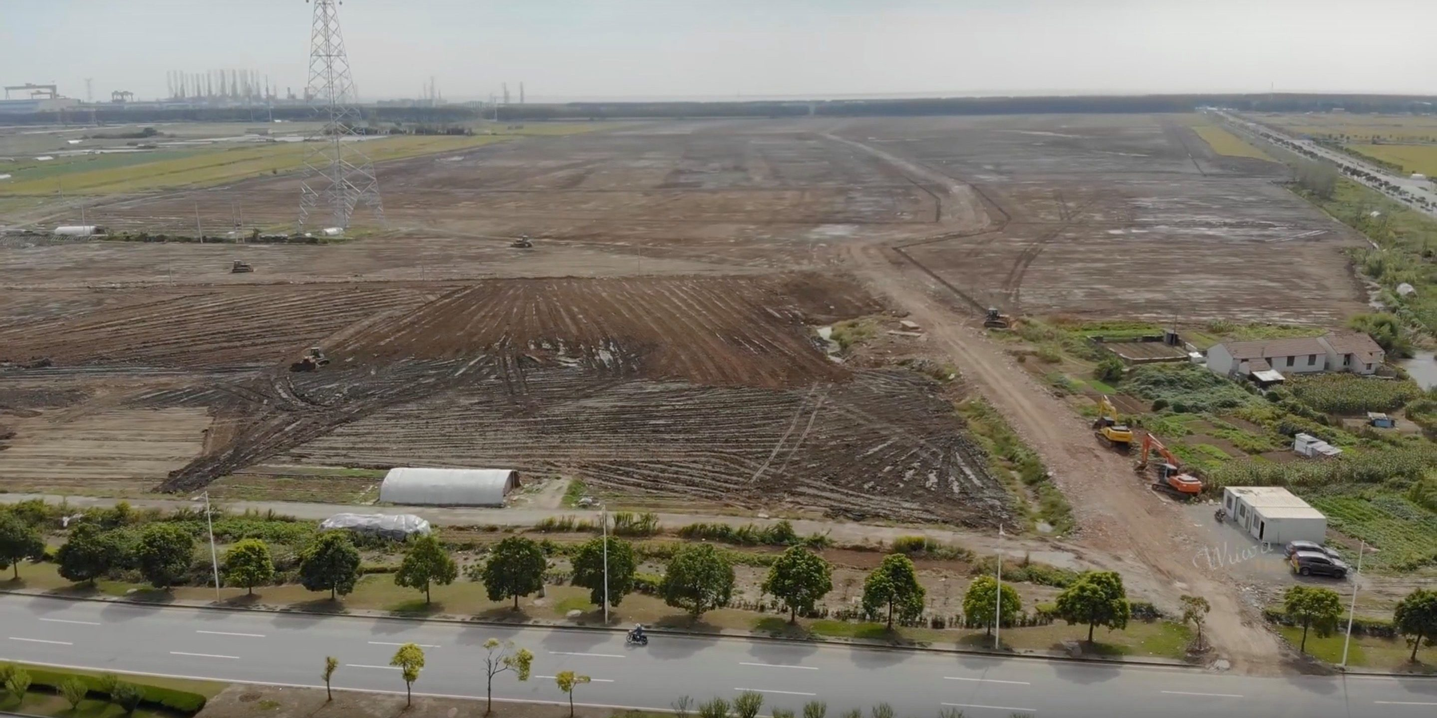 Tesla to start production at Gigafactory 3 within a year, says Shanghai Mayor after Tesla visit