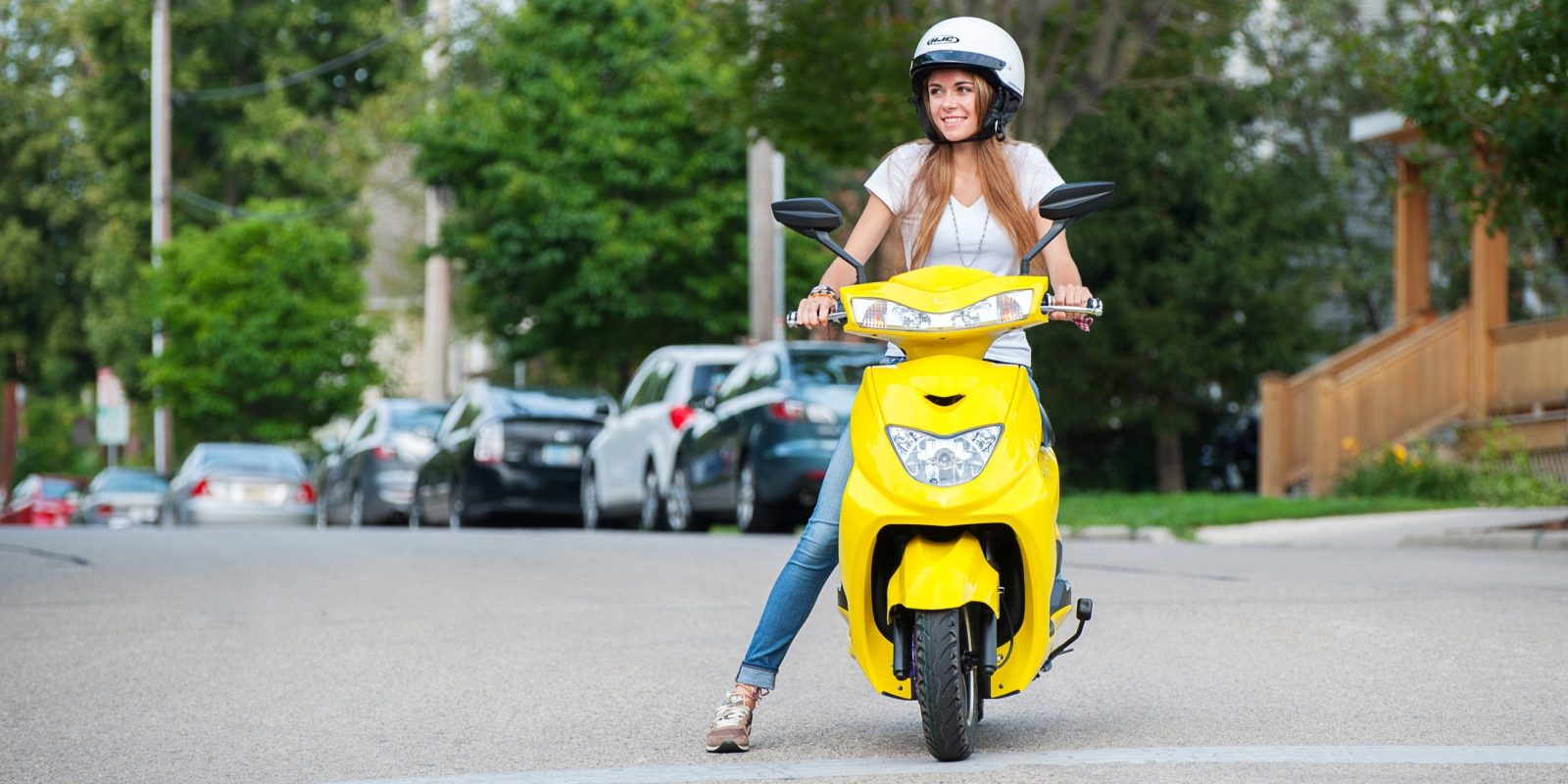 Flux Mopeds Is The Us Based Affordable Electric Scooter Company You Ve Never Heard Of