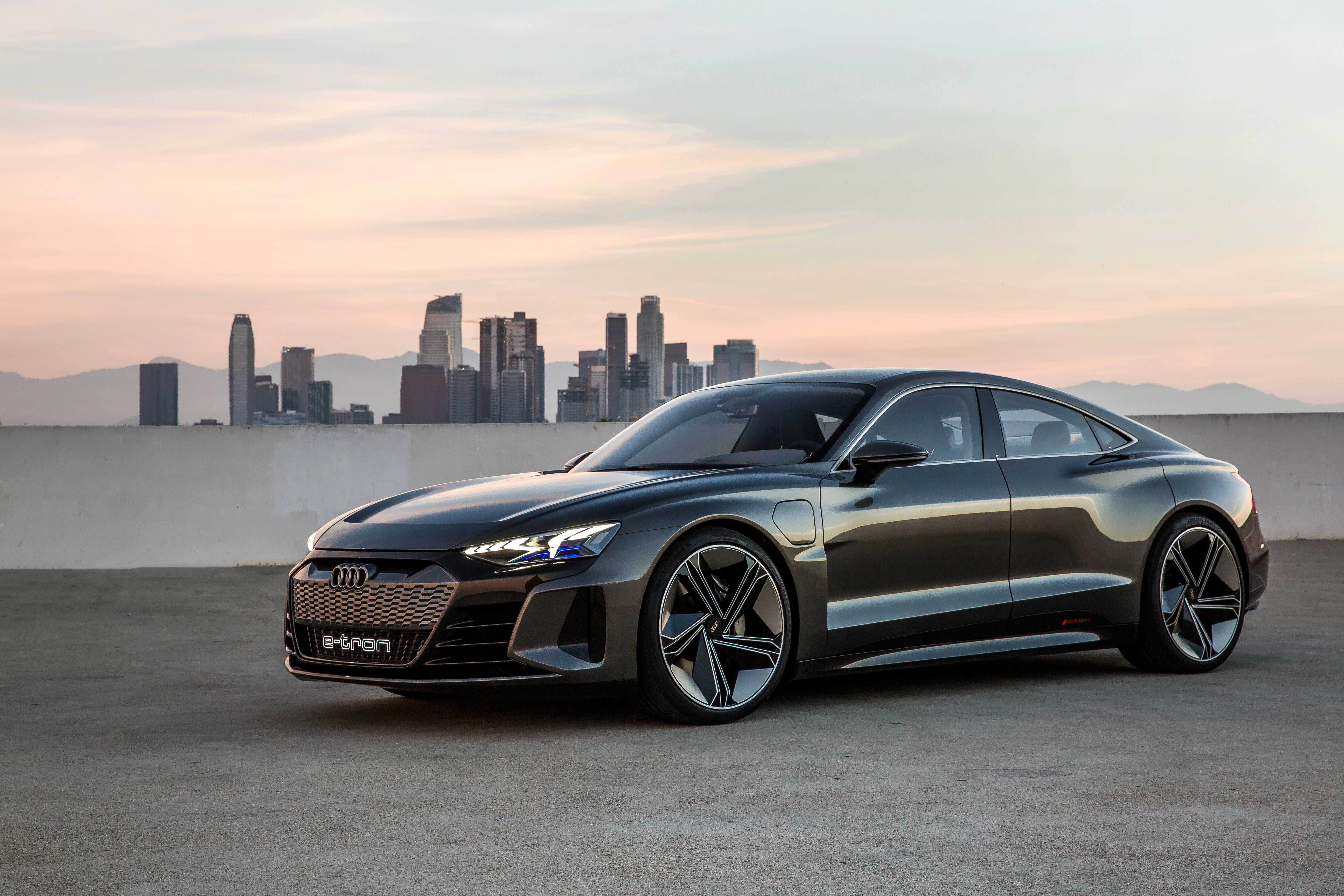Audis Gorgeous E Tron Gt Concept Makes Huge Splash At The La Auto Automations Motor Control Circuits High Torque Speed Here Is Audi