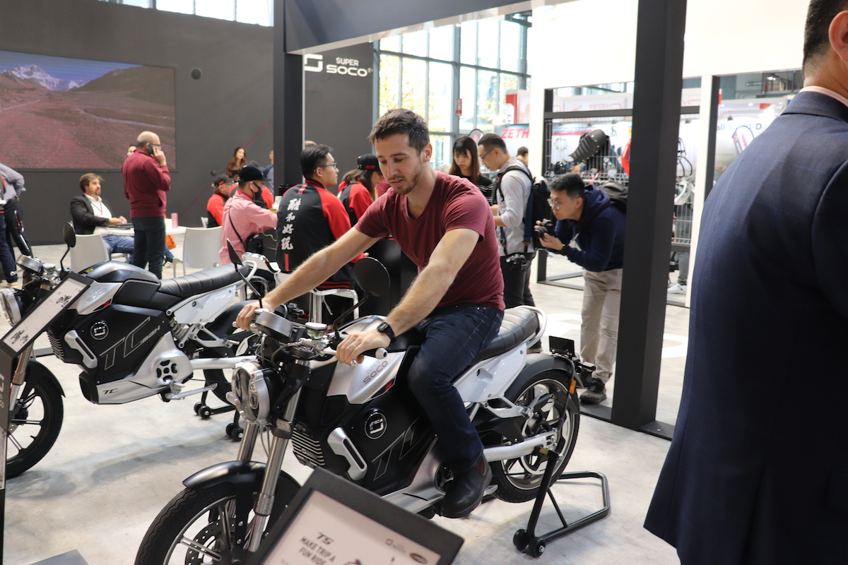 Super SOCO unveils TC Max $5,100 electric motorcycle