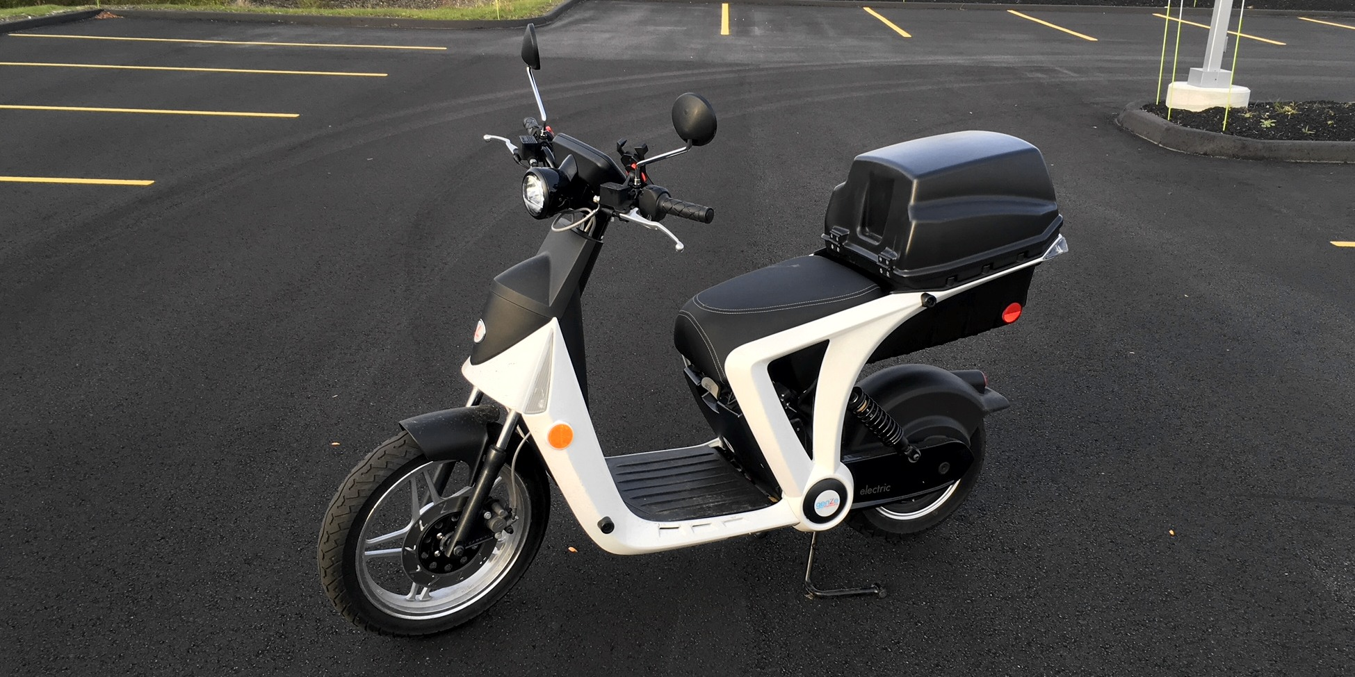 500 miles on a GenZe 2.0 electric scooter (and why I no longer drive a car)