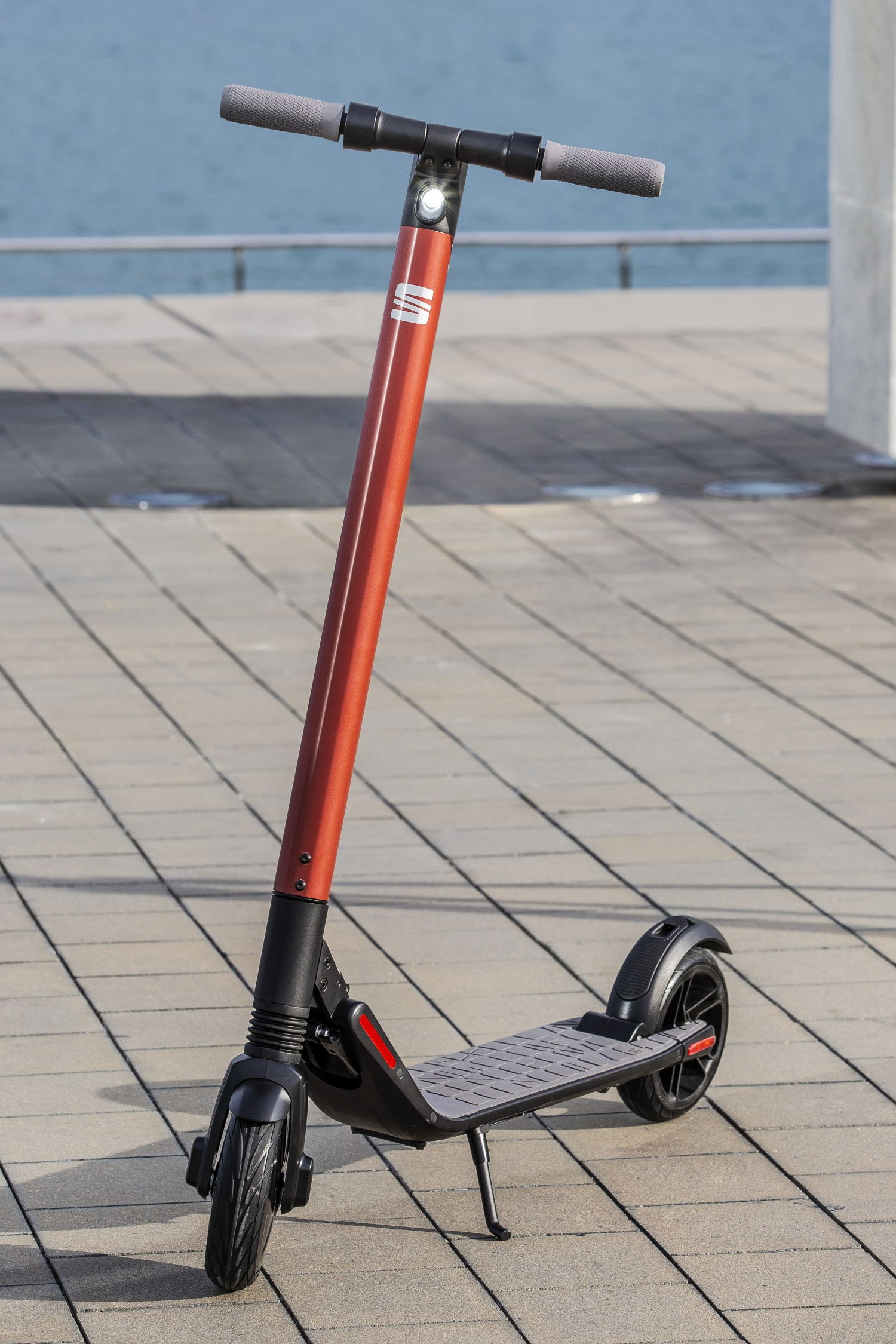 Electric Scooter With Seat >> Seat Is The Newest Car Company To Join The Electric Scooter