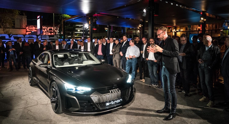 Audis Gorgeous E Tron Gt Concept Makes Huge Splash At The La Auto